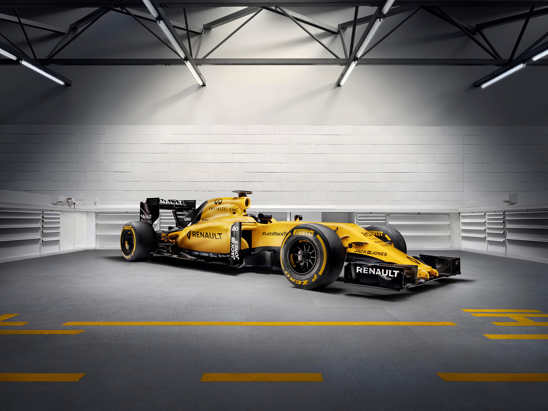 Renault Sport Formula One Team RS16 - front side-face / profil avant