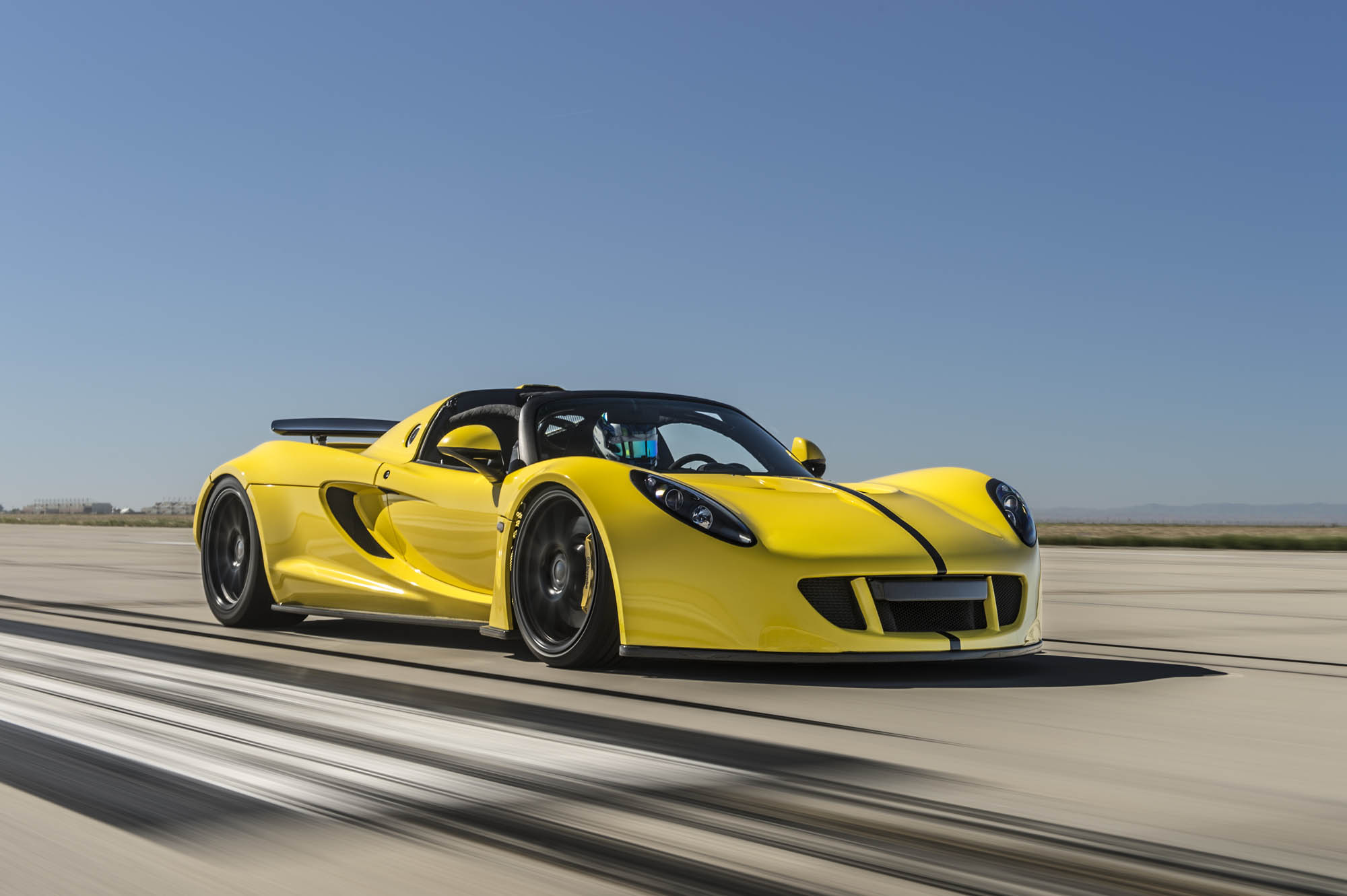 Hennessey Venom GT convertible - 2016 - front side-face / profil avant - World Record