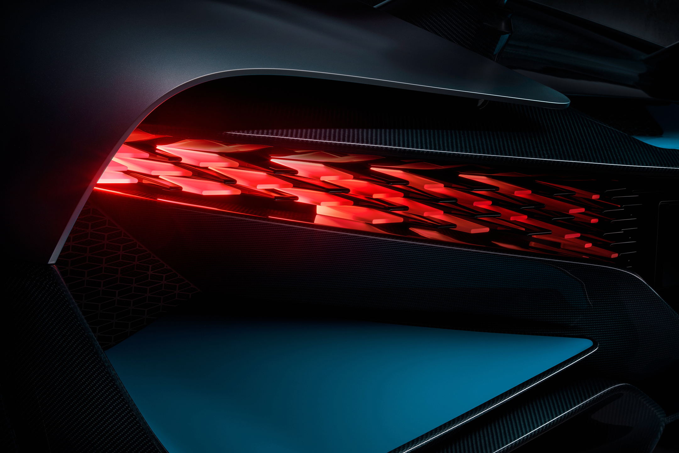 Bugatti Divo - 2018 - rear light