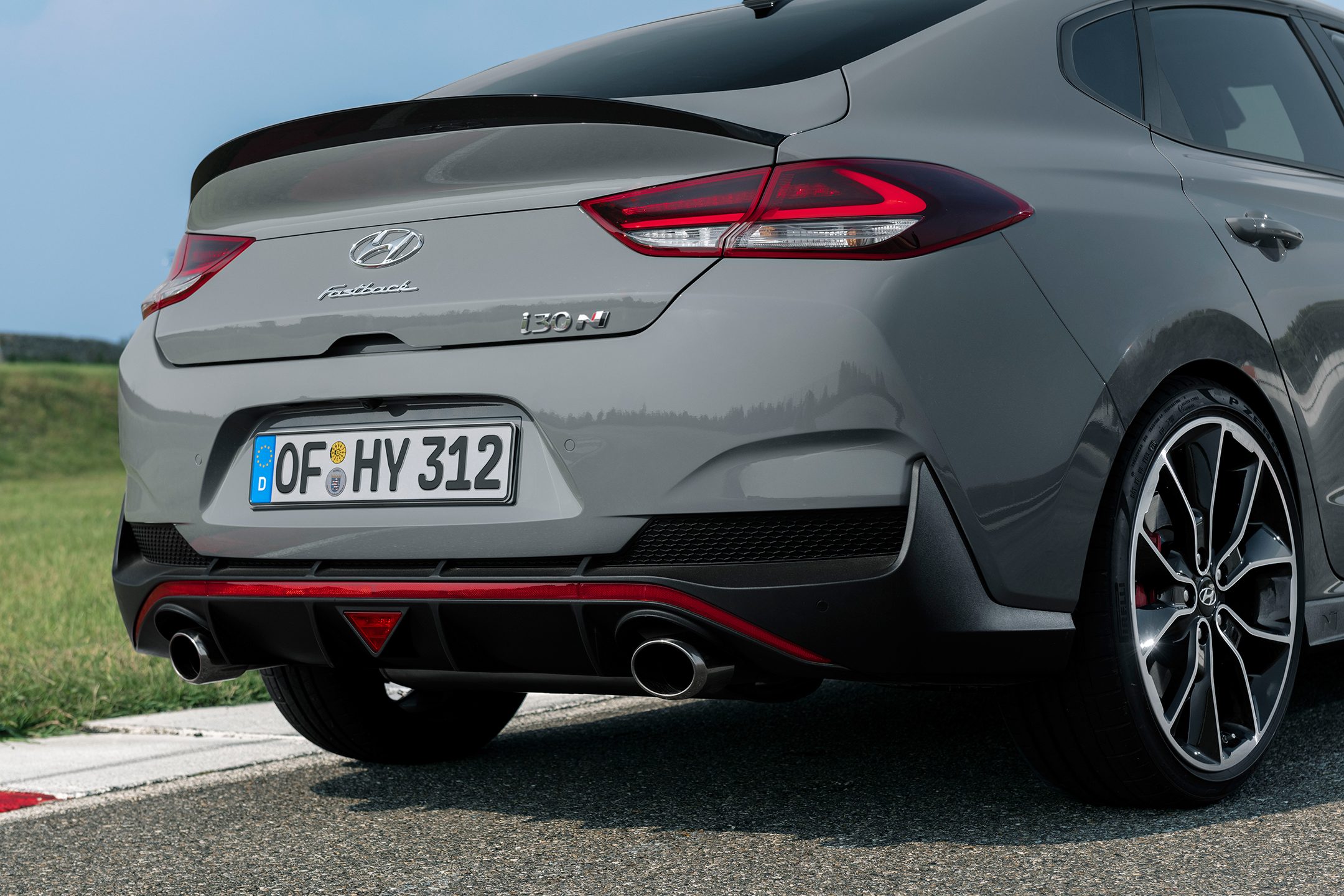 Hyundai i30 Fastback N - 2018 - rear light