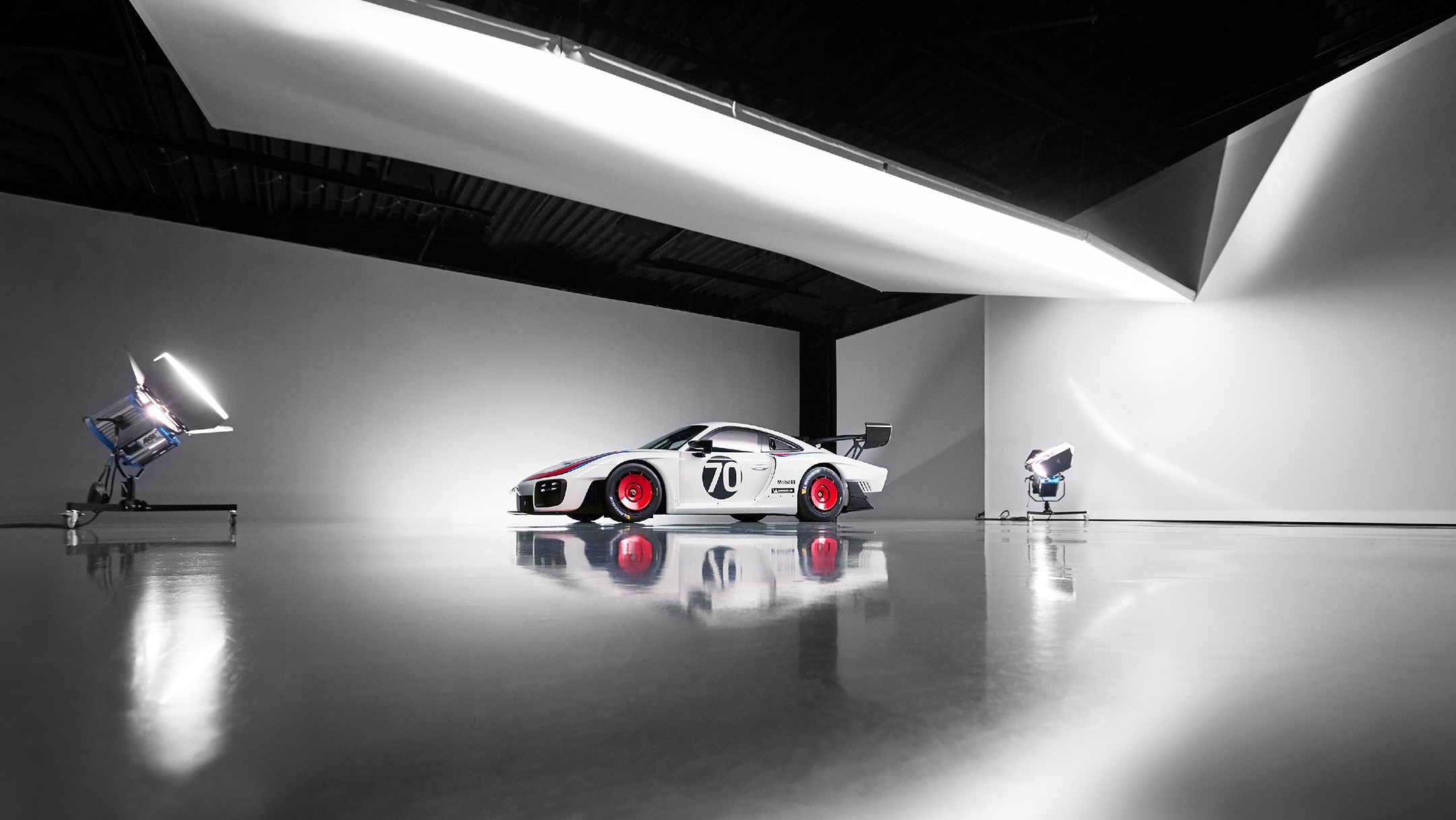 Porsche 935 - 2018 - reveal studio photo