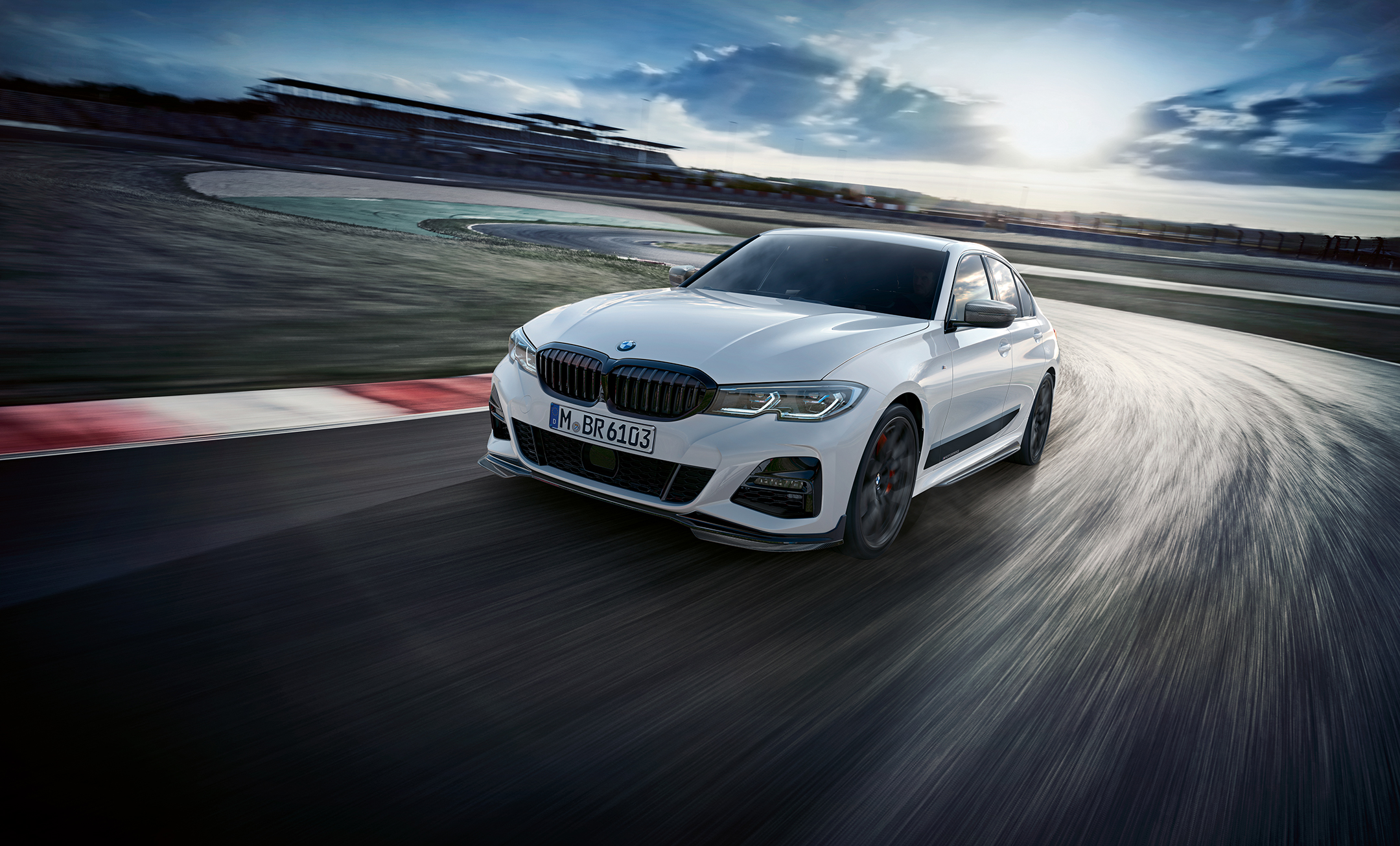 BMW Serie 3 Berline - 2018 - front track