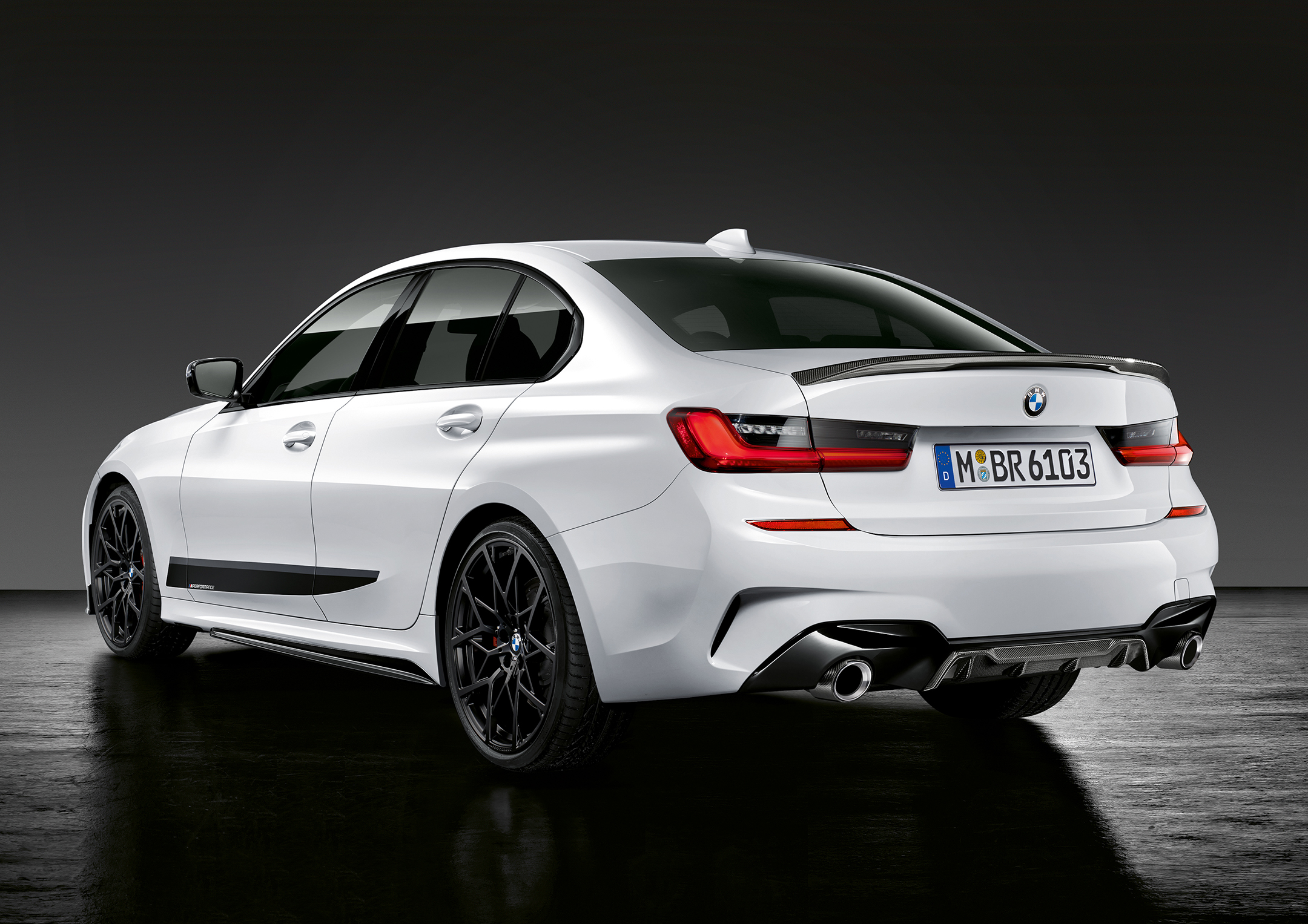 BMW Serie 3 Berline M Performance - 2018 - rear side-face / profil arrière