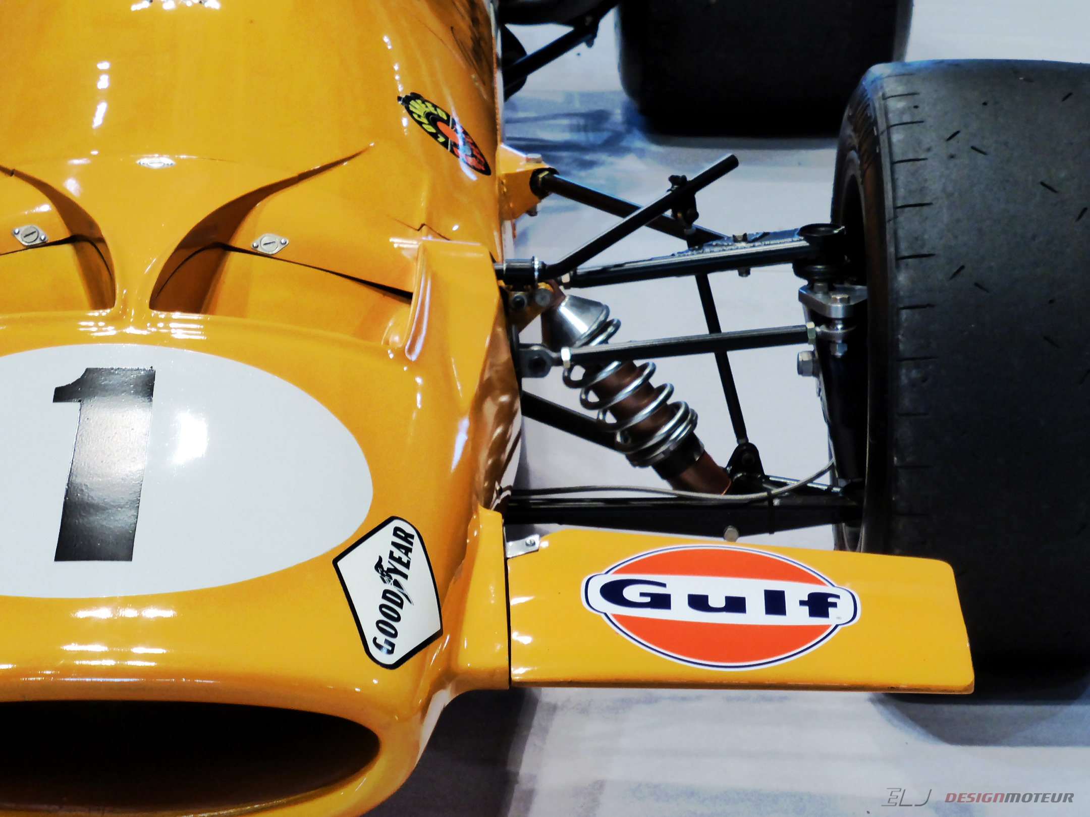 McLaren M7A - 1968 - F1 - front-face side view - Ouest Motors Festival 2018 - photo ELJ DESIGNMOTEUR
