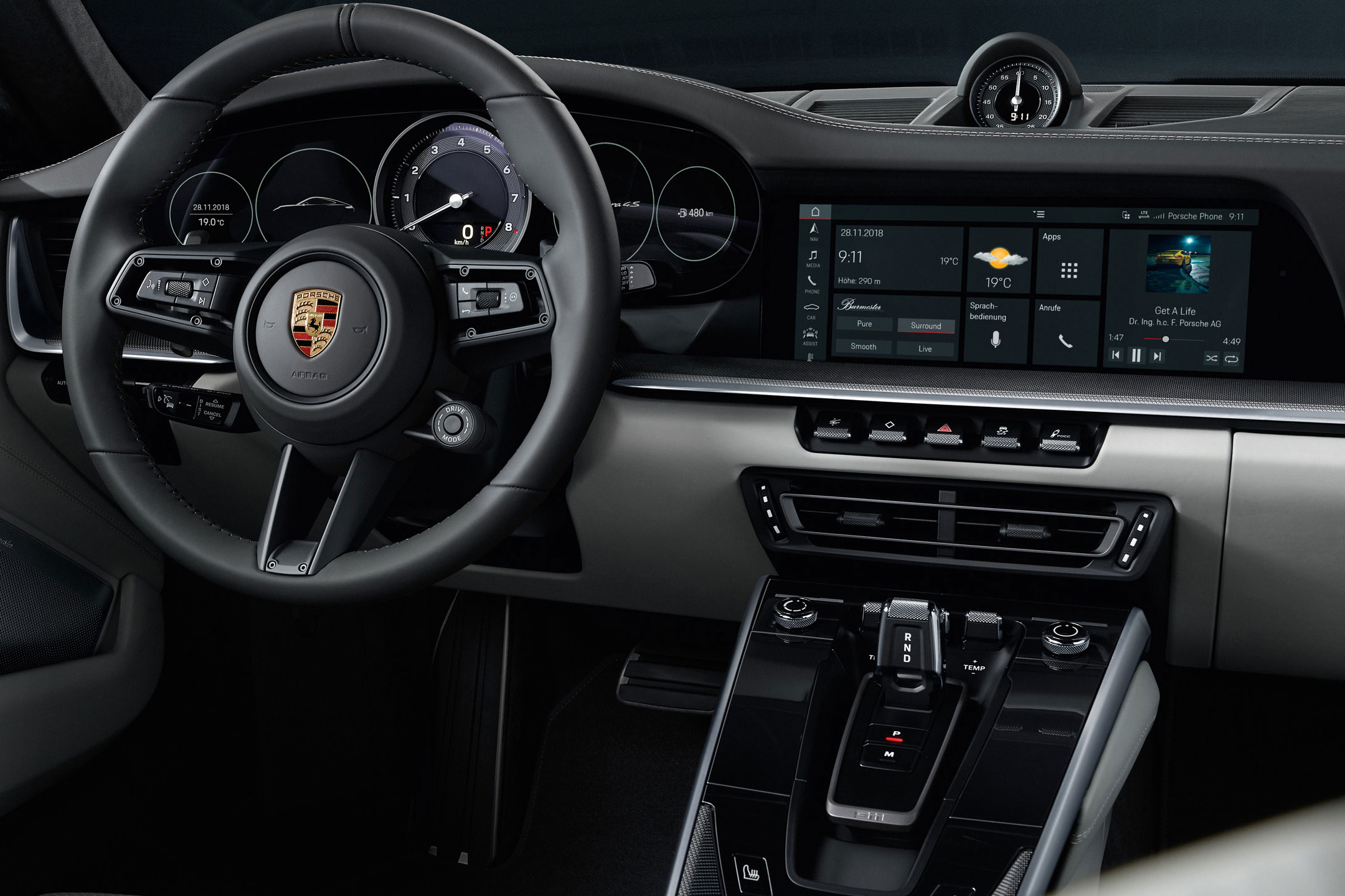 Porsche 911 type 992 Carrera 4S - 2018 - central dashboard