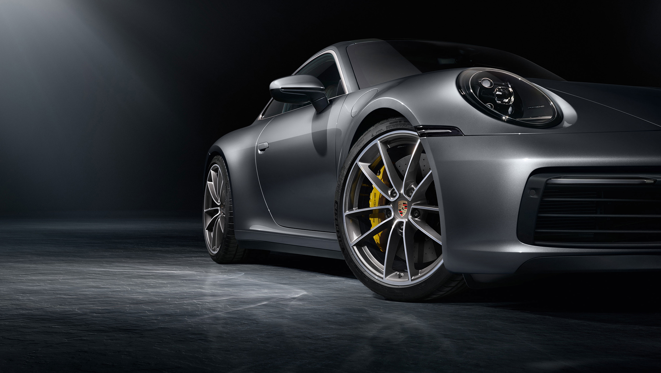 Porsche 911 type 992 Carrera 4S - 2018 - wheel