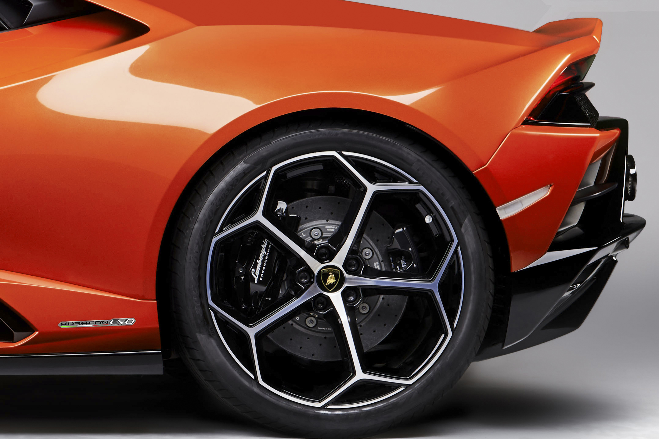 Lamborghini Huracán EVO - 2019 - rear wheel