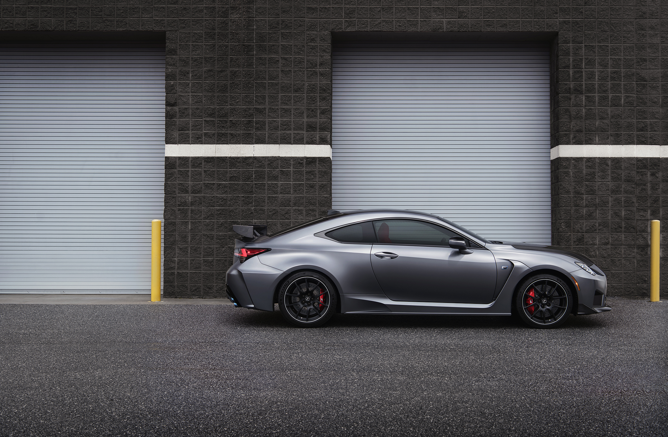 Lexus RC F Track Edition 2019 - side-face / profil