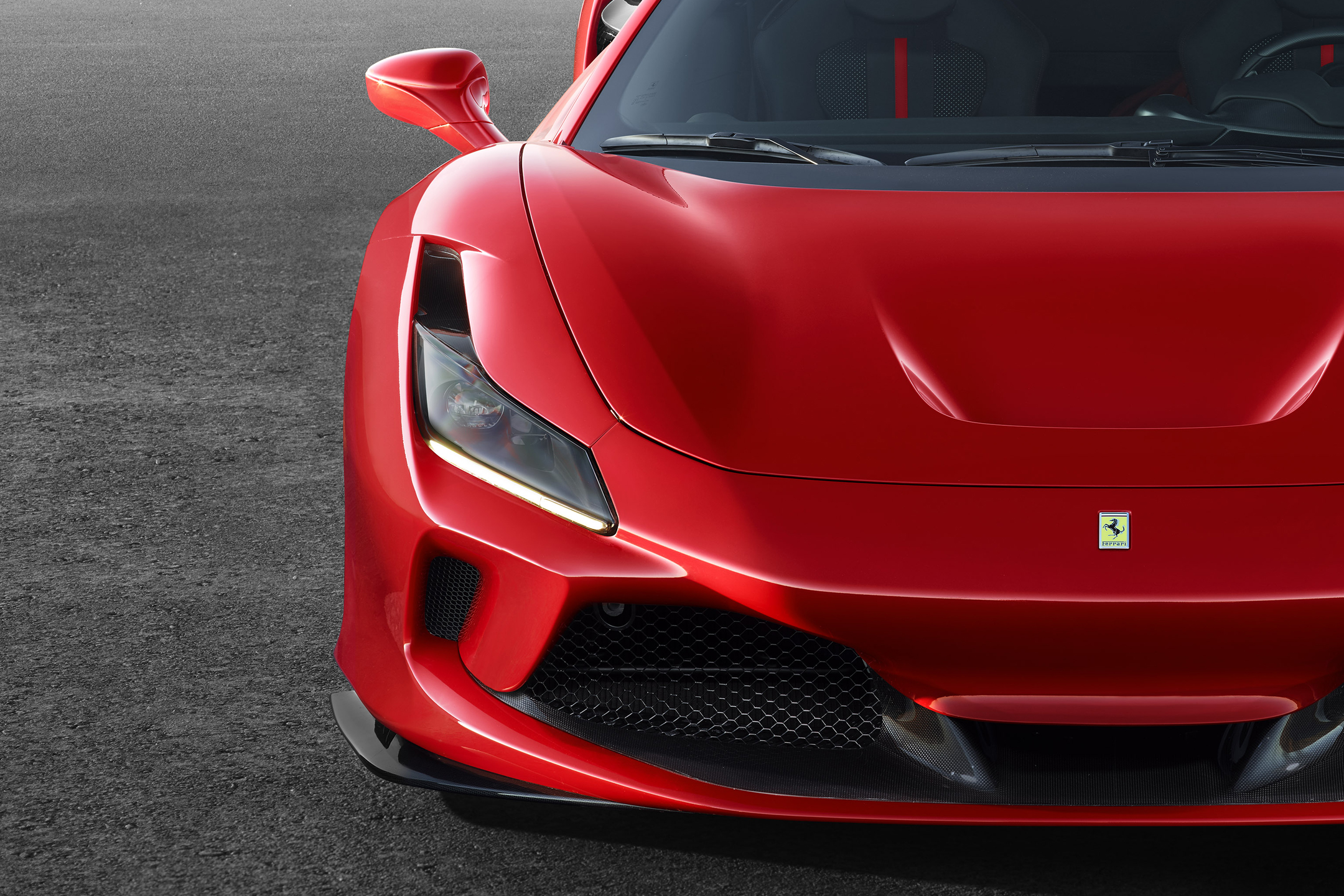 Ferrari F8 Tributo - 2019 - front light
