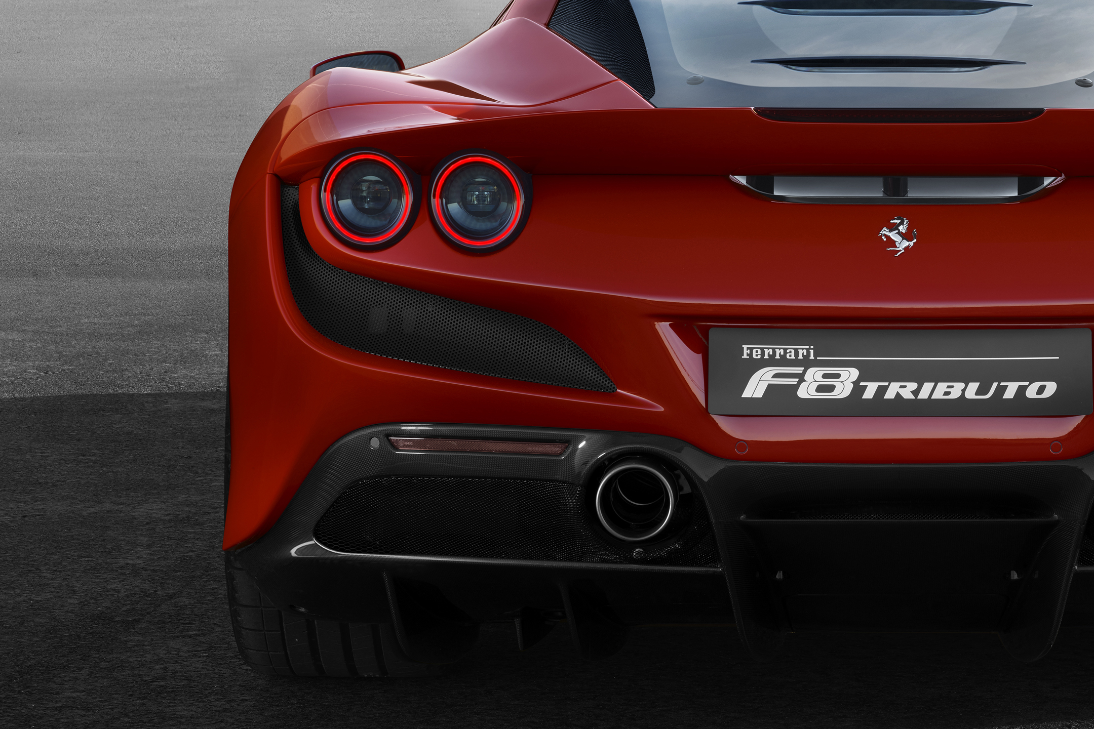 Ferrari F8 Tributo - 2019 - rear light