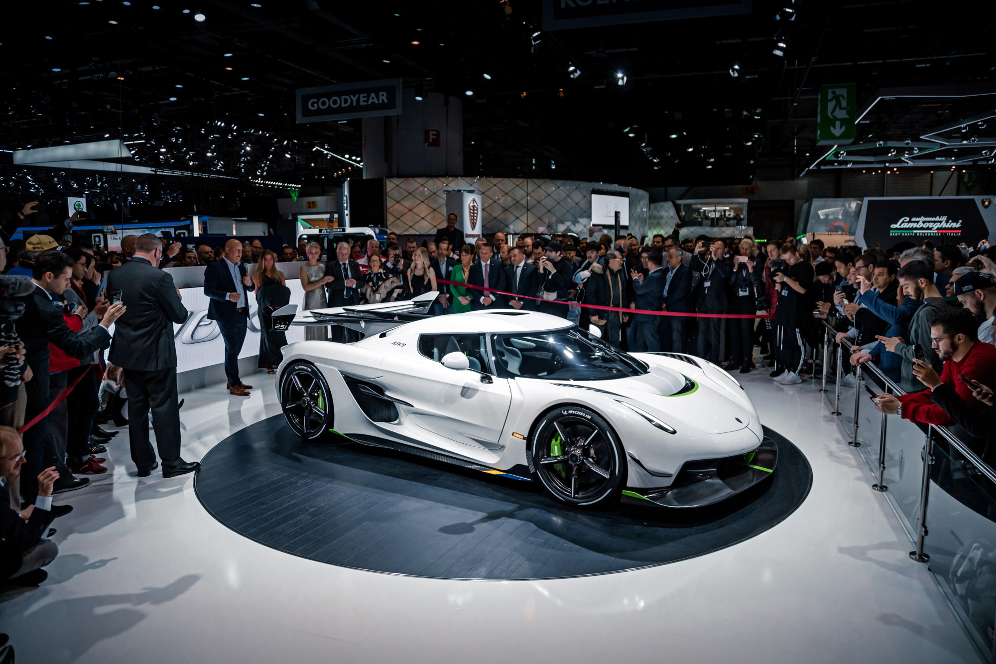 Koenigsegg Jesko - 2019 - front side-face - Gims Swiss - photo by Keno Zache