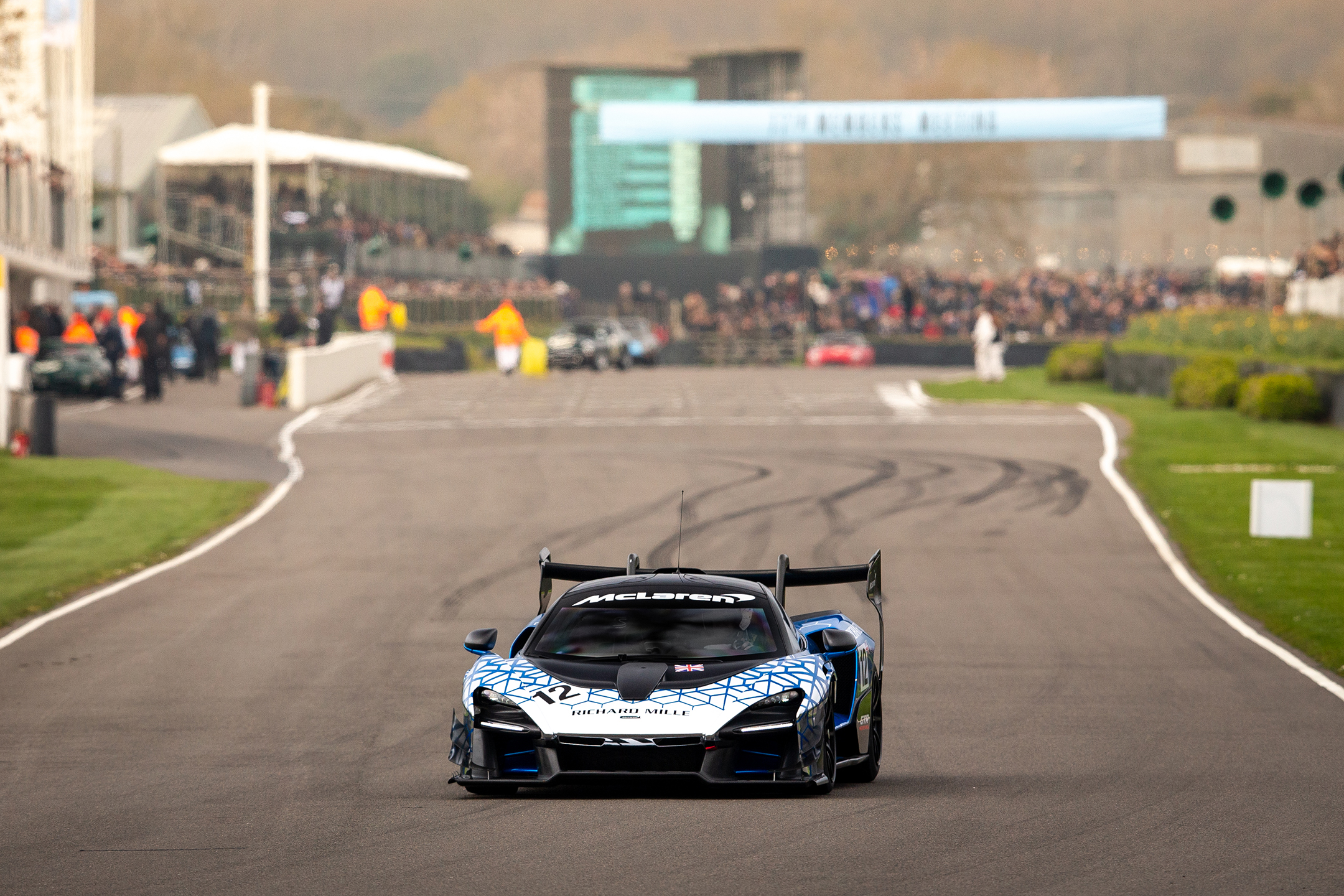 McLaren Senna GTR - Goodwood Motor Circuit - parade 77MM - 2019 - front track - photo via McLaren Automotive
