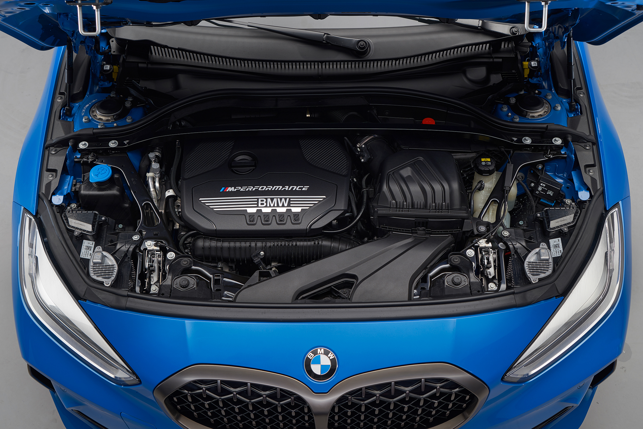BMW 1 Series M135i xDrive - 2019 - under the hood - engine / moteur