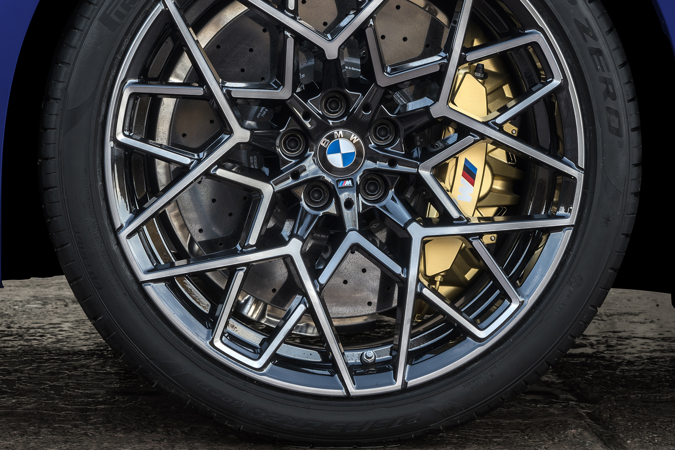 BMW M8 Competition Coupe - 2019 - front wheel / jante avant - brake disc / disque de frein