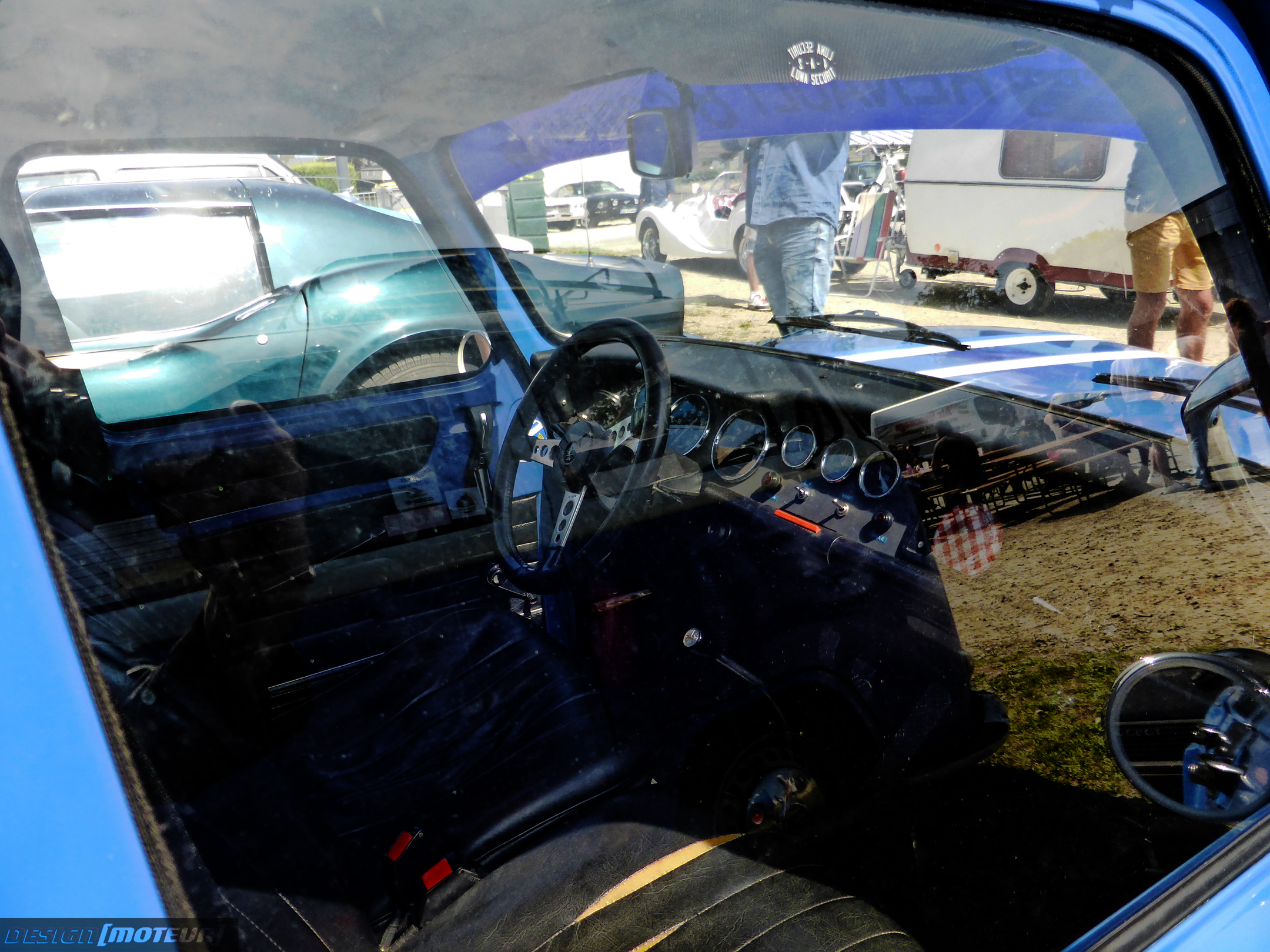 Renault 8 Gordini - interior / intérieur - 2019 - Breizh Pickers - parking expo - photo ELJ DESIGNMOTEUR