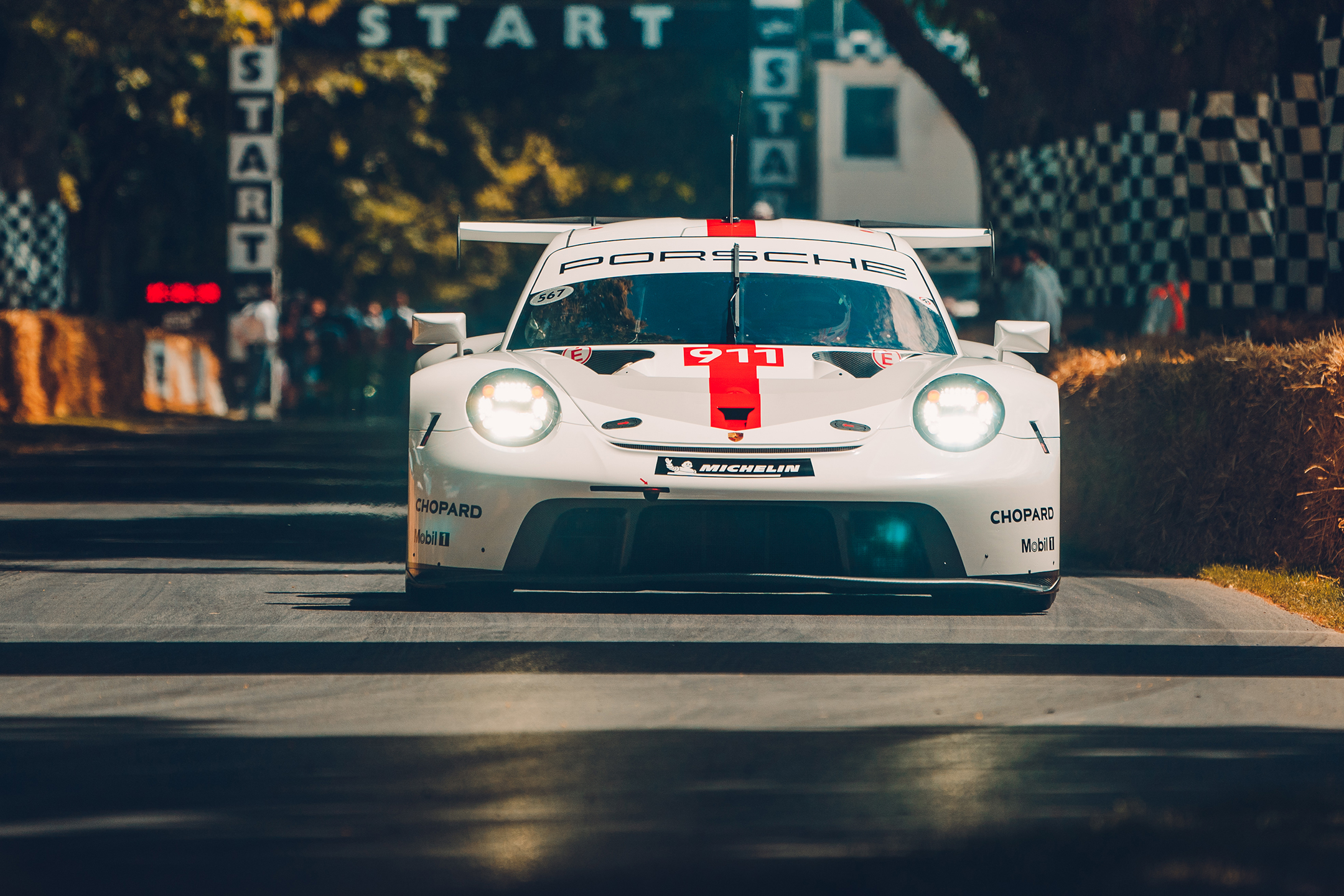 Porsche 911 RSR-19 - 2019 - front-face - track - reveal - Goodwood Festival of Speed