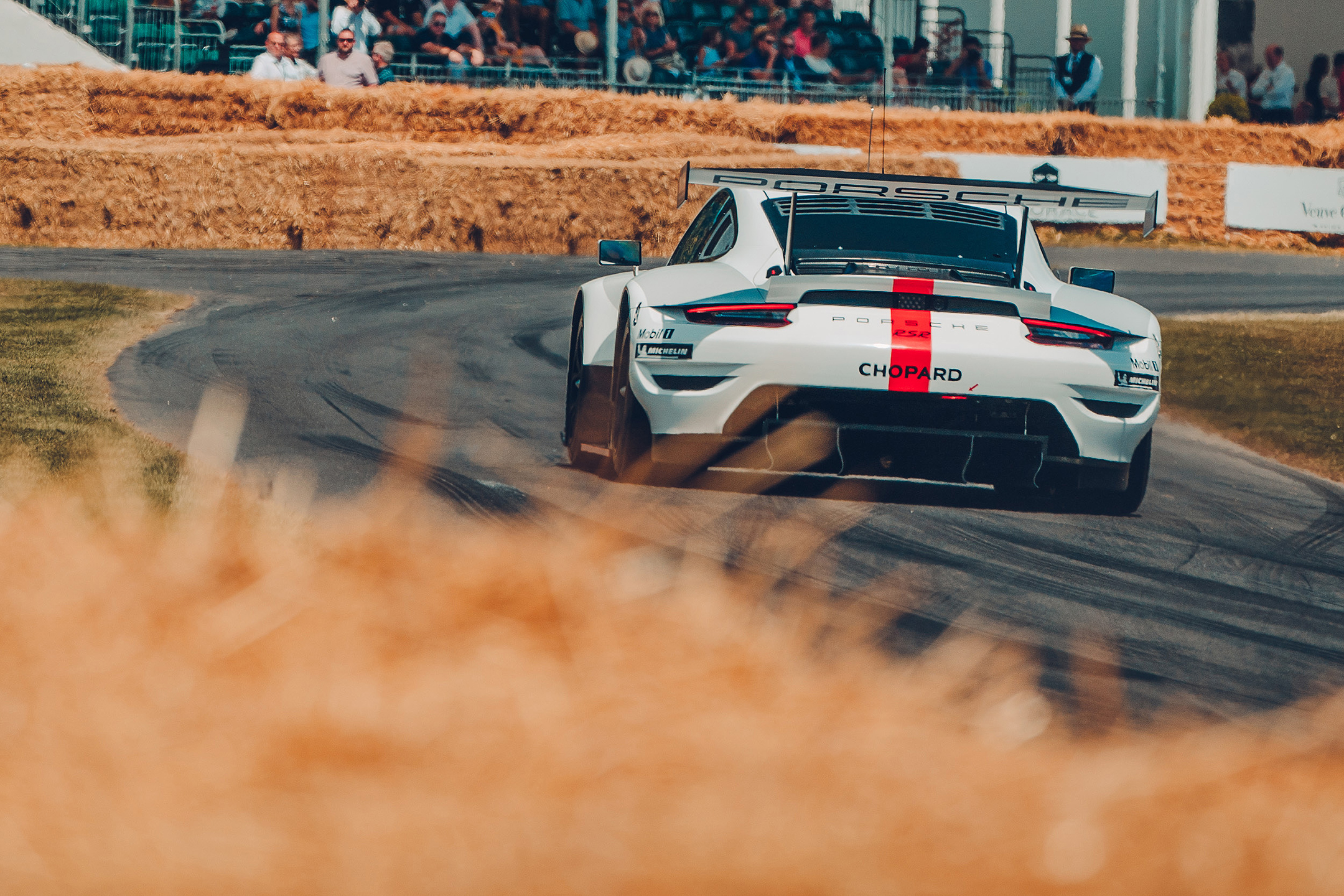 Porsche 911 RSR-19 - 2019 - rear - track - reveal - Goodwood Festival of Speed