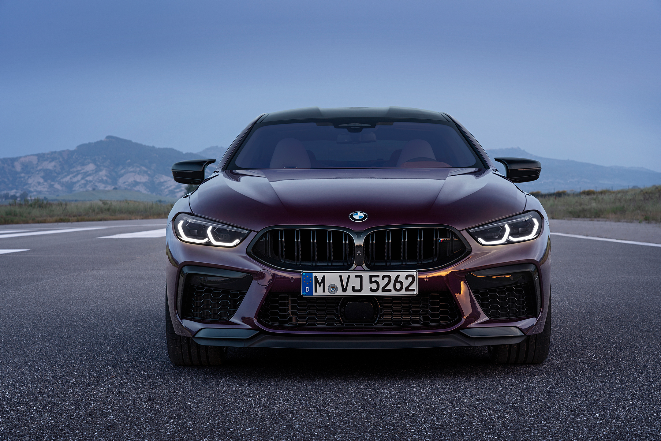 BMW M8 Competition Gran Coupé - 2019 - front light