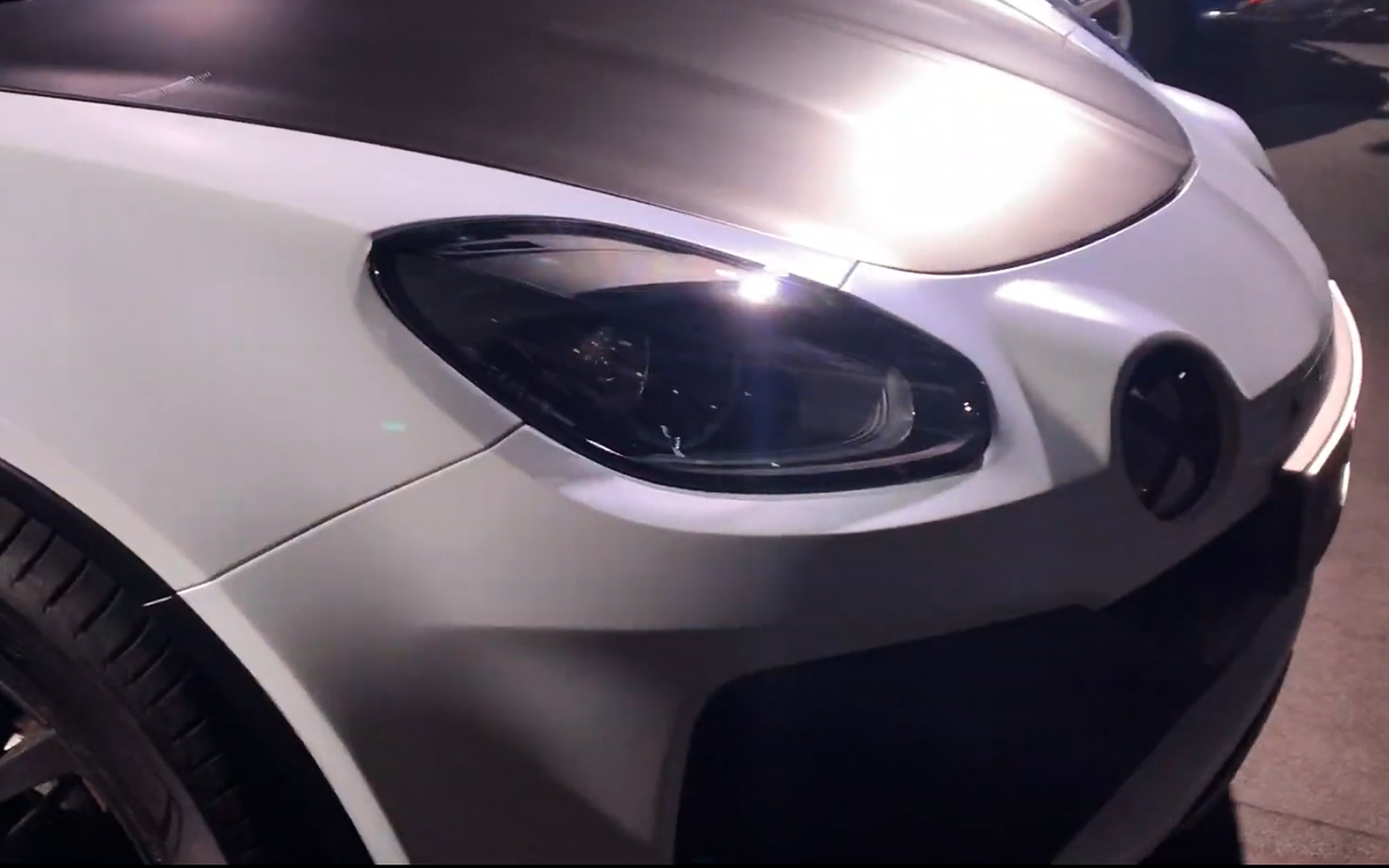 Alpine A110 Sports X - 2020 - front light - preview - showcar - photo screen video - FAI2020