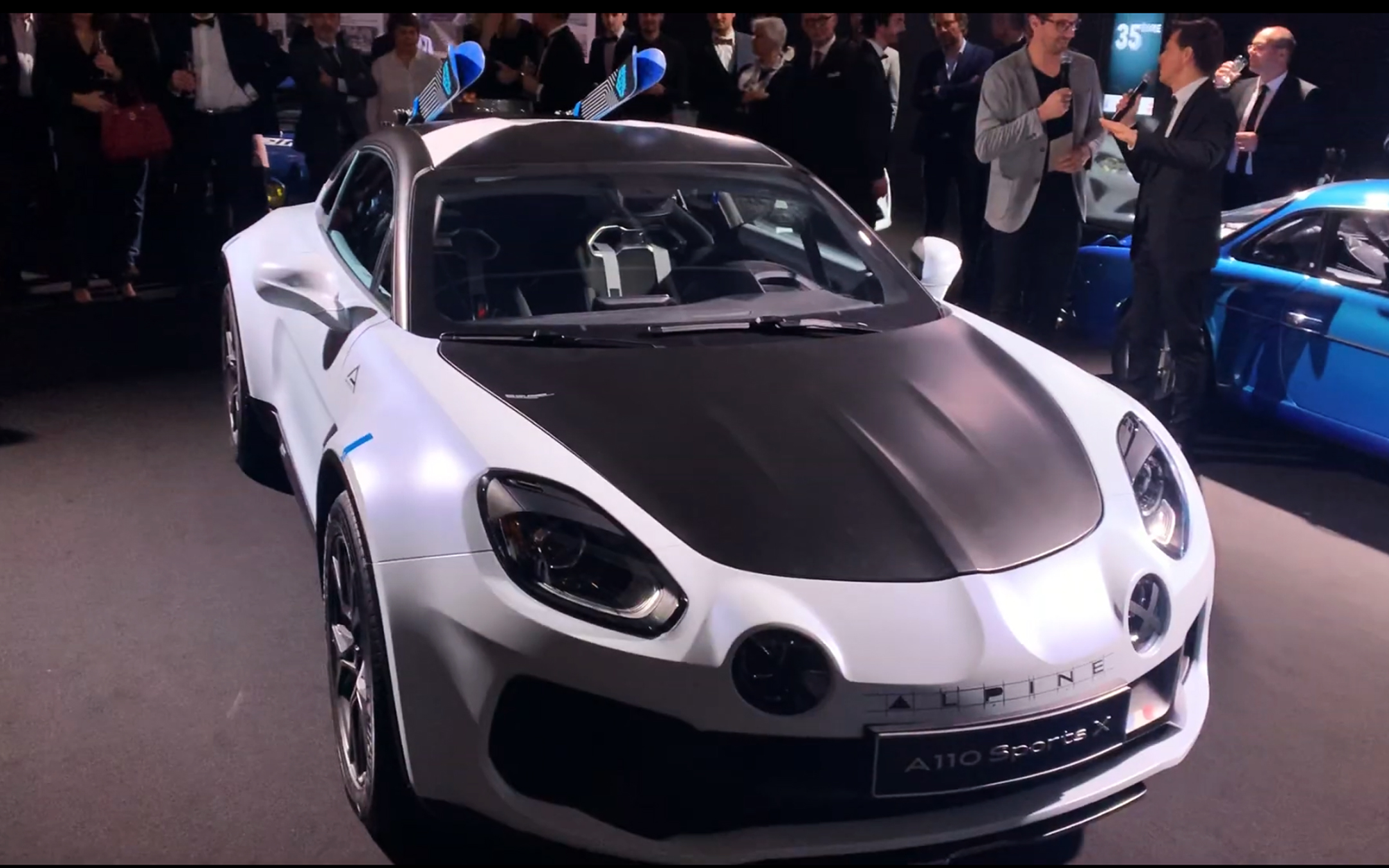 Alpine A110 Sports X - 2020 - front / avant - preview - showcar - photo screen video - FAI2020