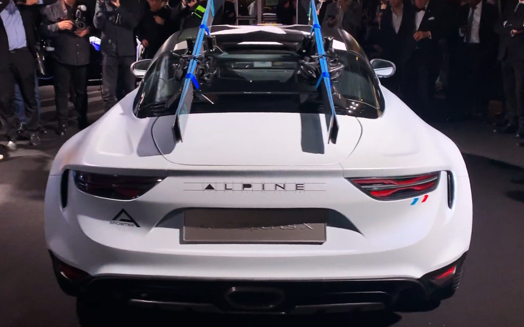 Alpine A110 Sports X - 2020 - rear face / face arrière - preview - showcar - photo screen video - FAI2020