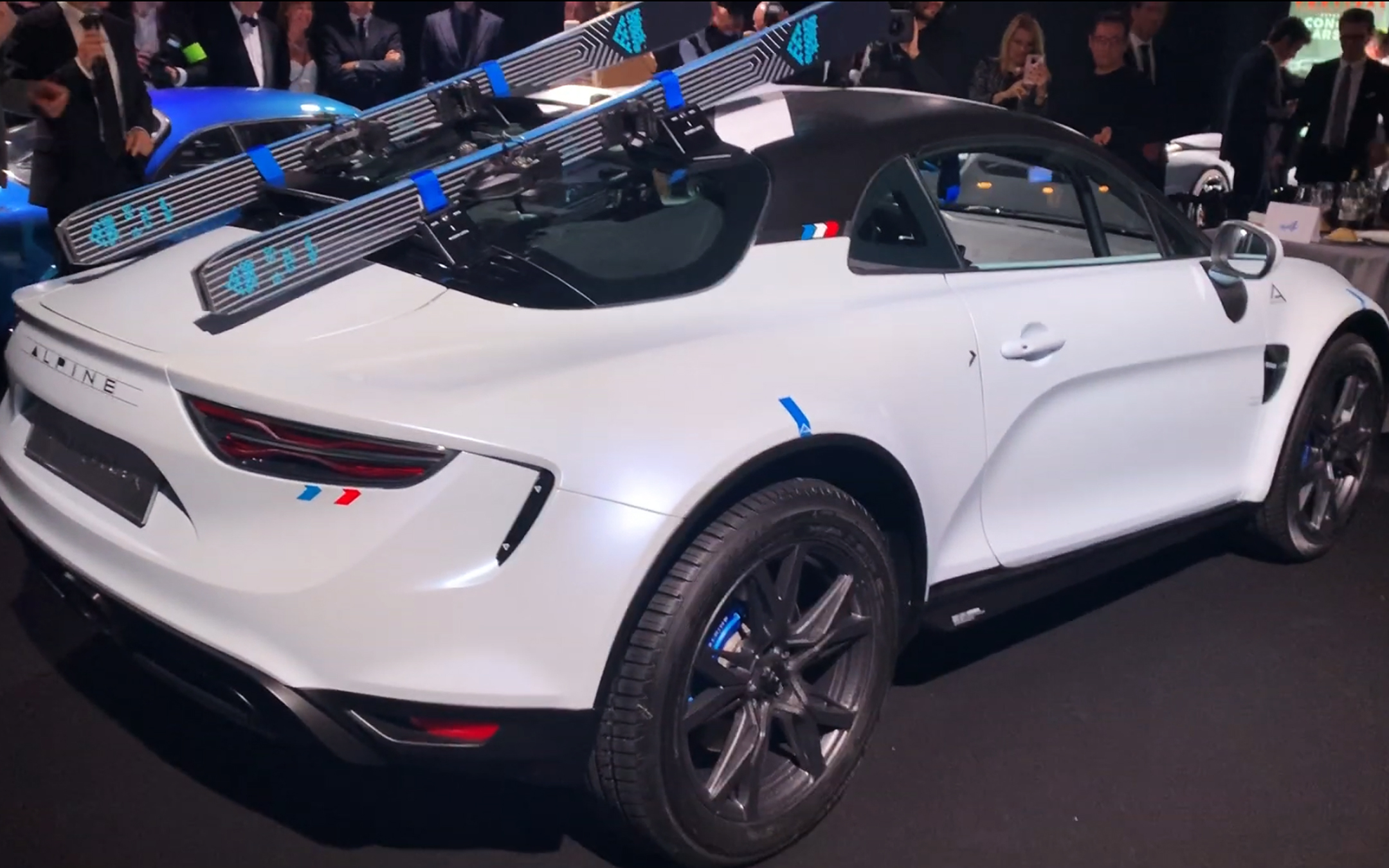 Alpine A110 Sports X - 2020 - rear side-face / profil arrière - preview - showcar - photo screen video - FAI2020
