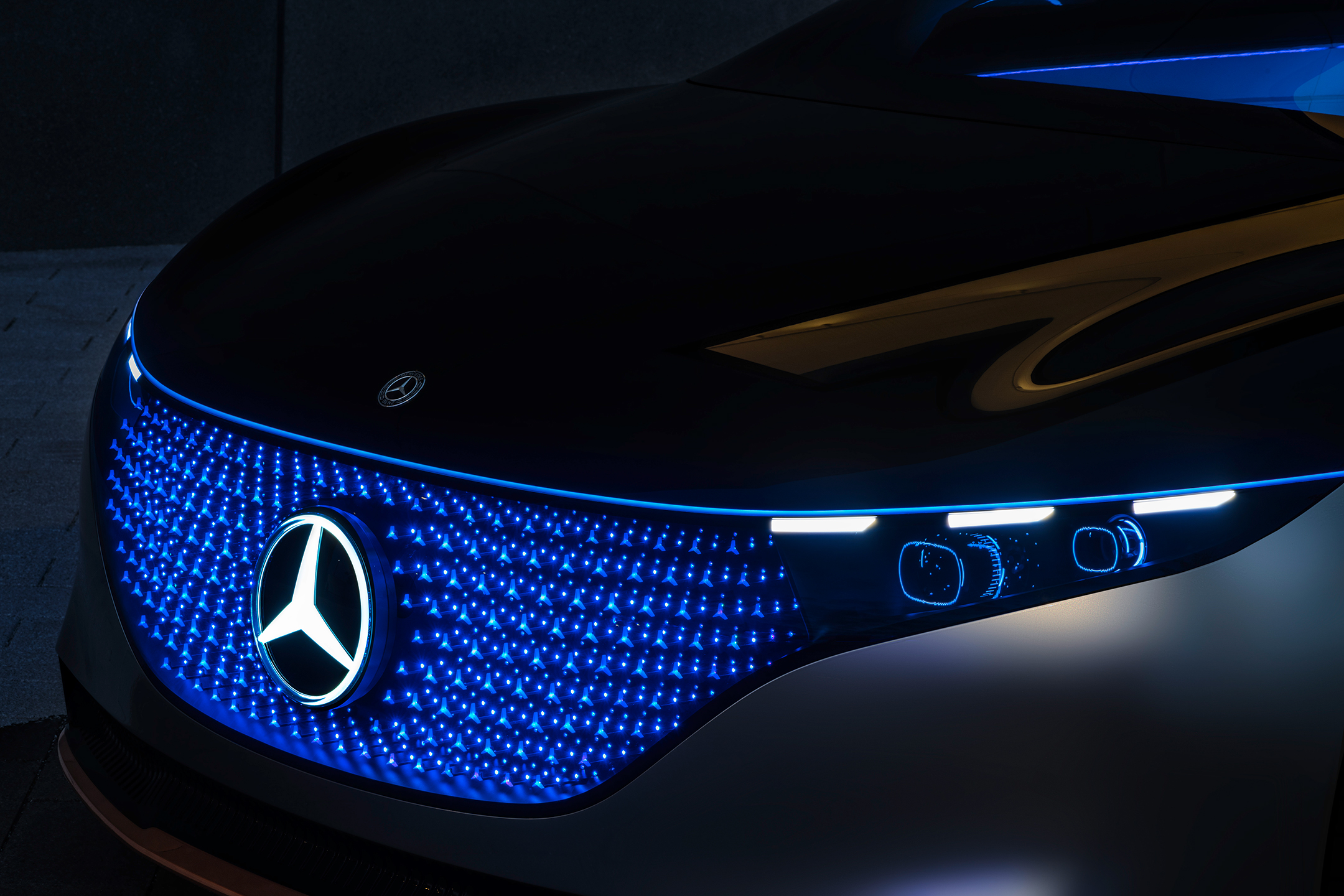 Mercedes-Benz Vision EQS show car - 2020 - sketch - front light / optique avant - light grille / calandre lumineuse