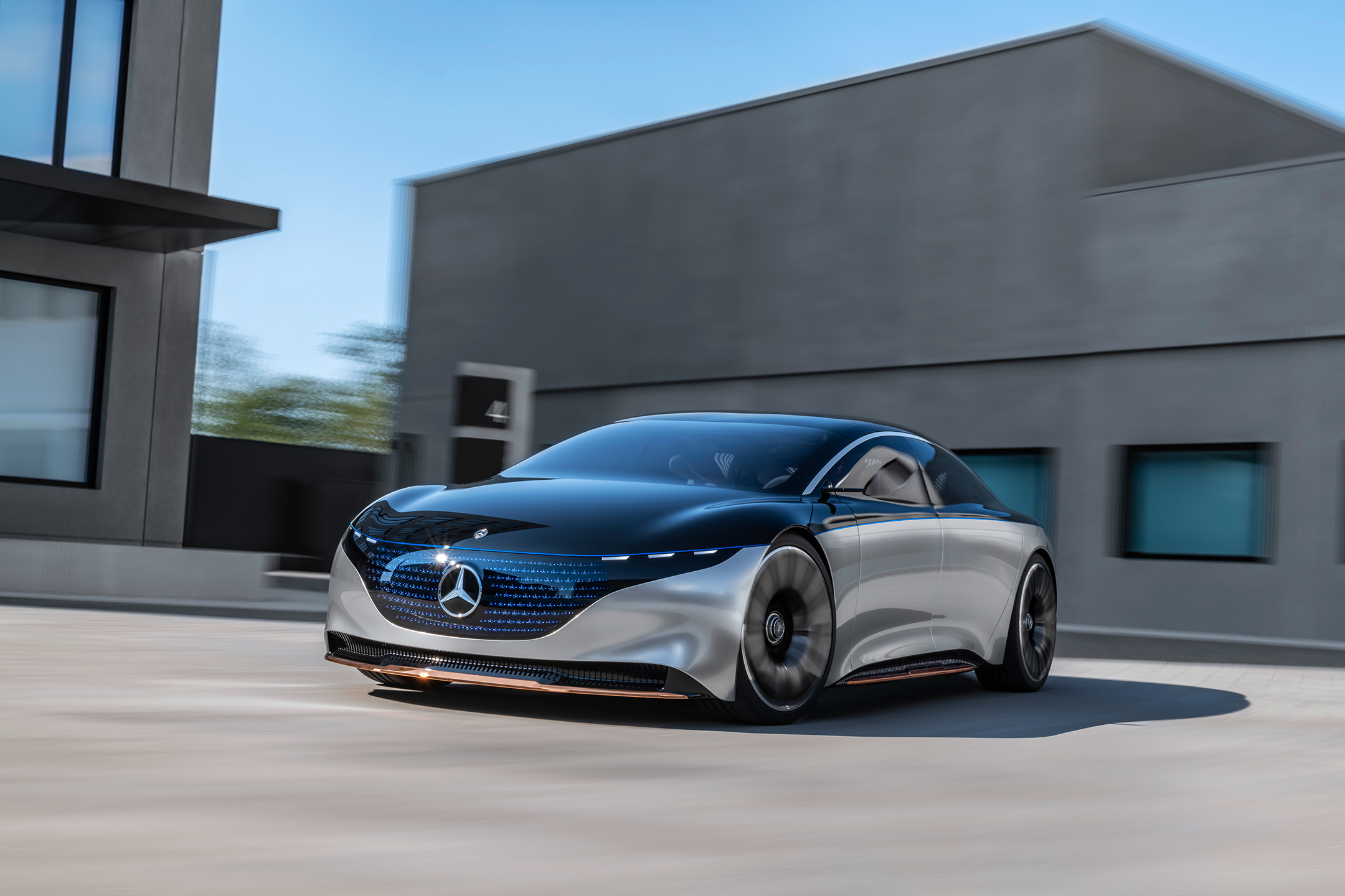 Mercedes-Benz Vision EQS show car - 2020 - front side-face / profil avant