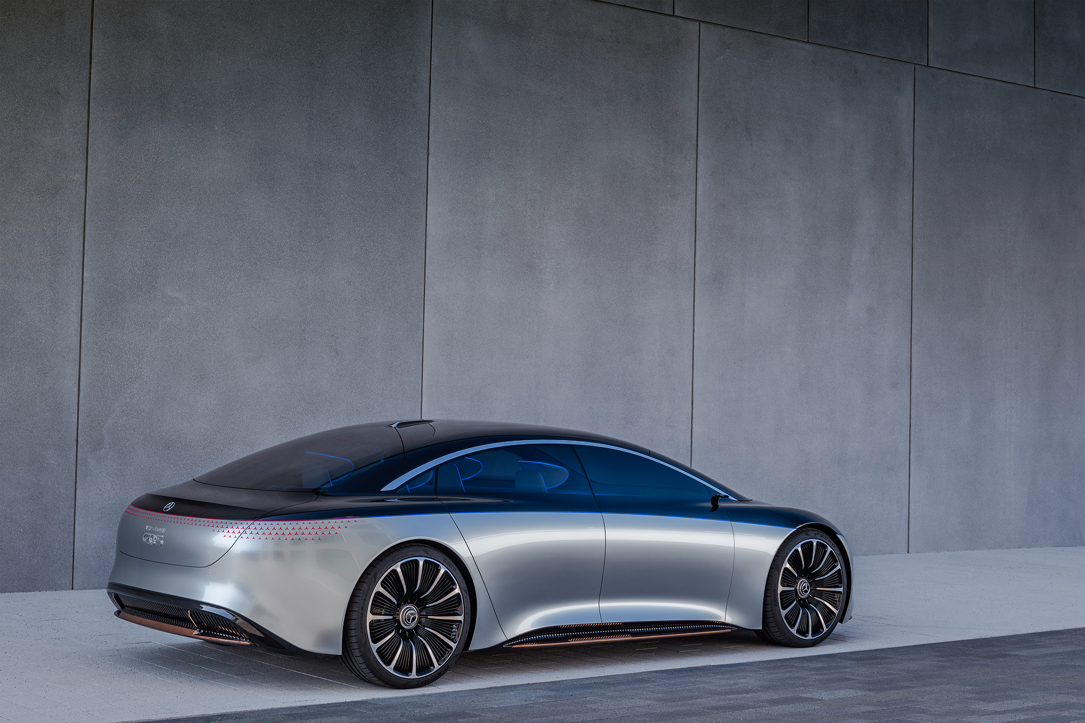 Mercedes-Benz Vision EQS show car - 2020 - rear side-face / profil arrière