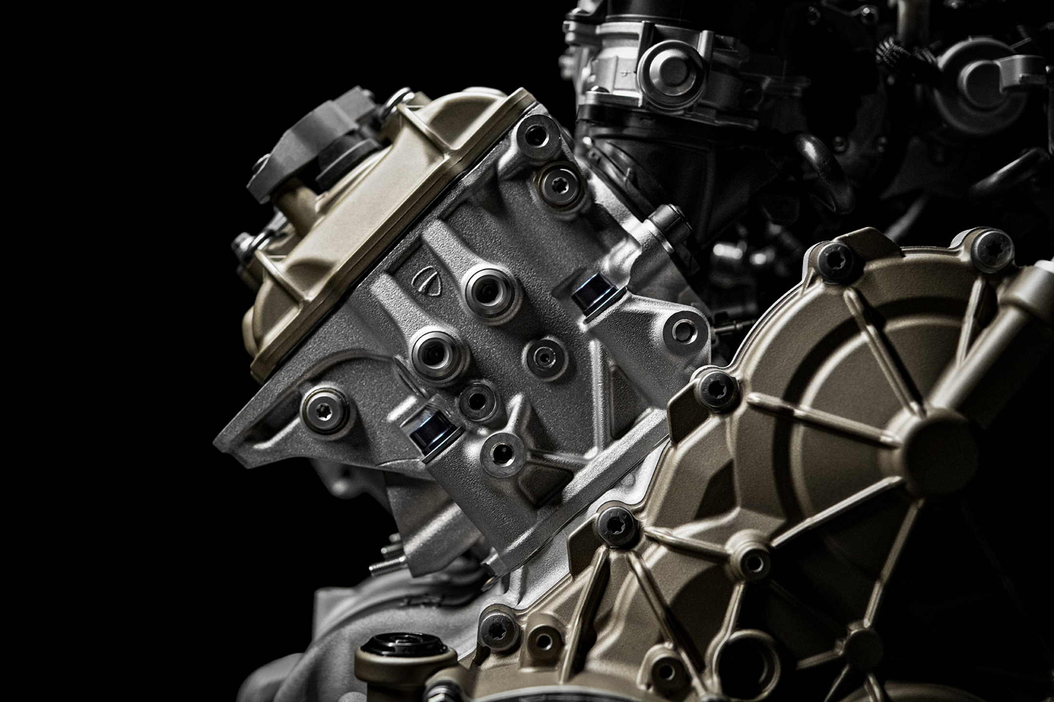 Ducati Superleggera V4 - 2020 - engine / moteur - Desmosedici V4 998cc - part side view