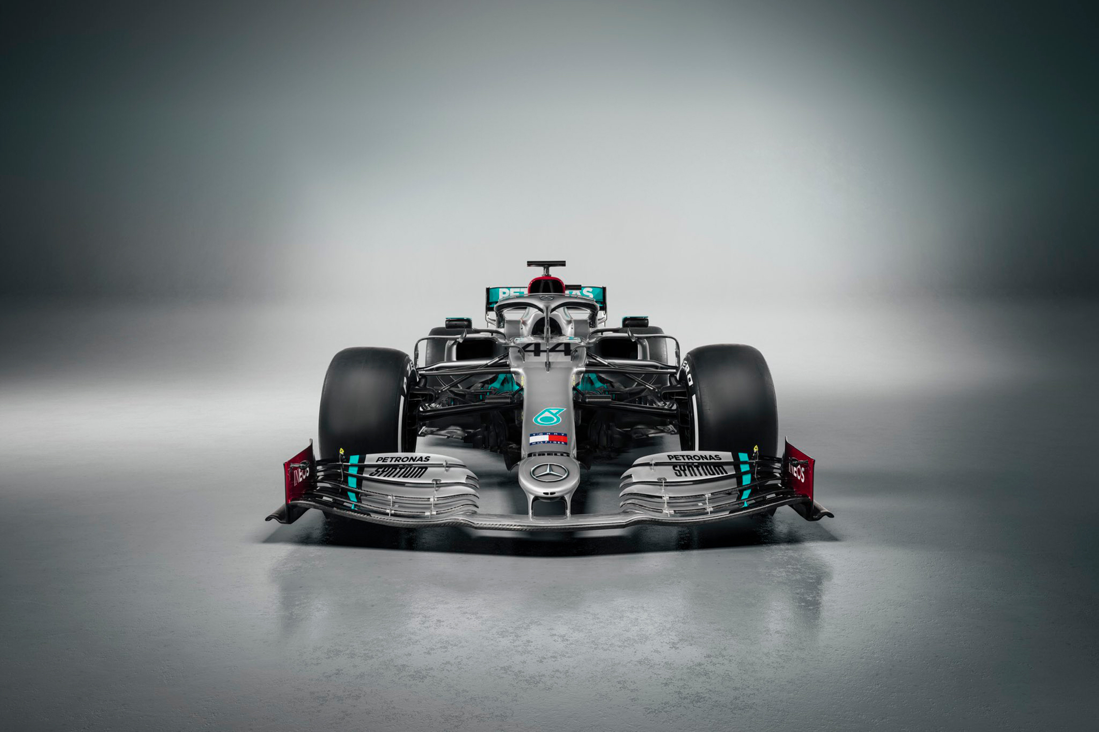 F1 - Mercedes-AMG F1 Team - W11 - 2020 - front-face