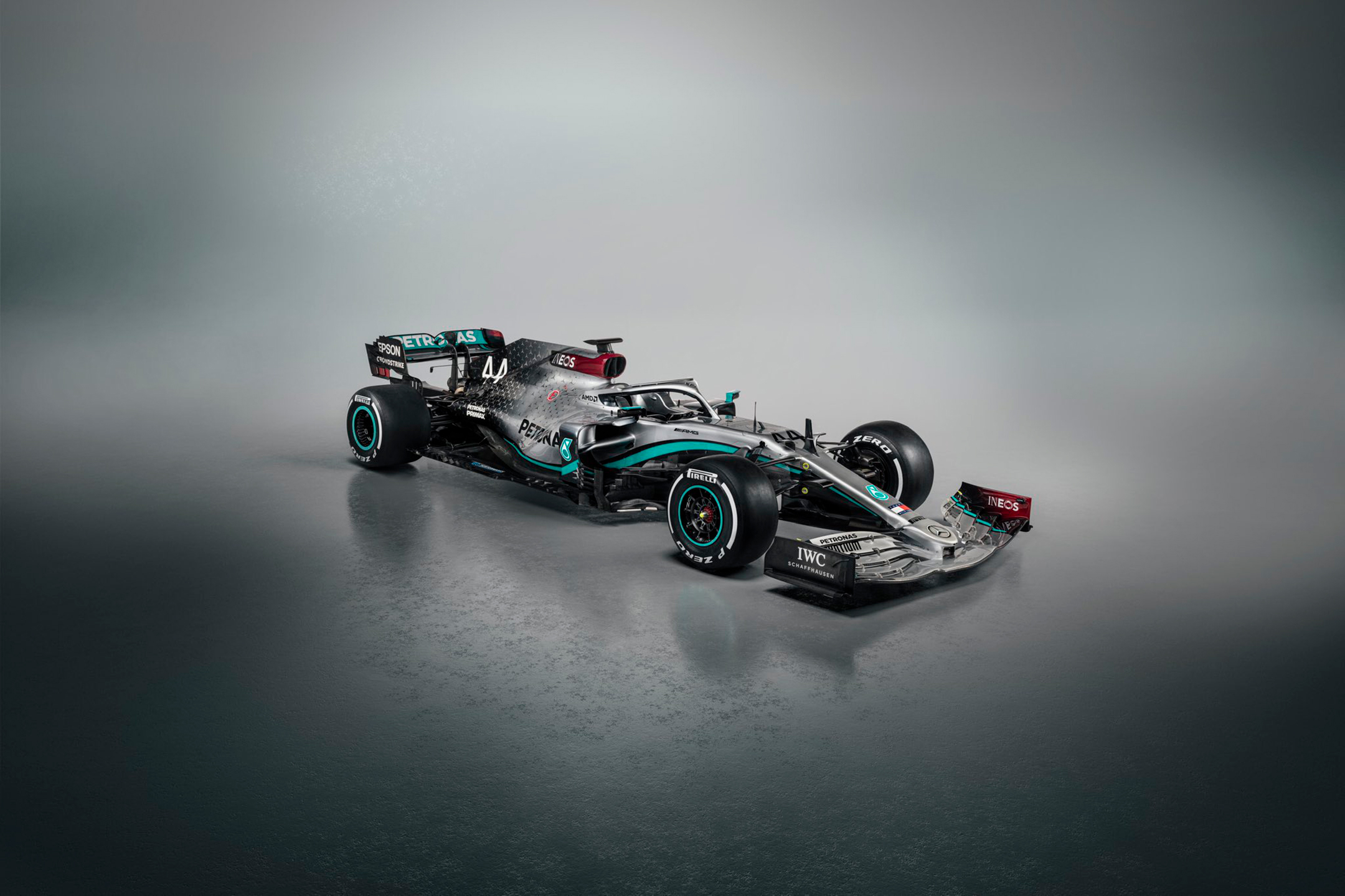 F1 - Mercedes-AMG F1 Team - W11 - 2020 - side front-face