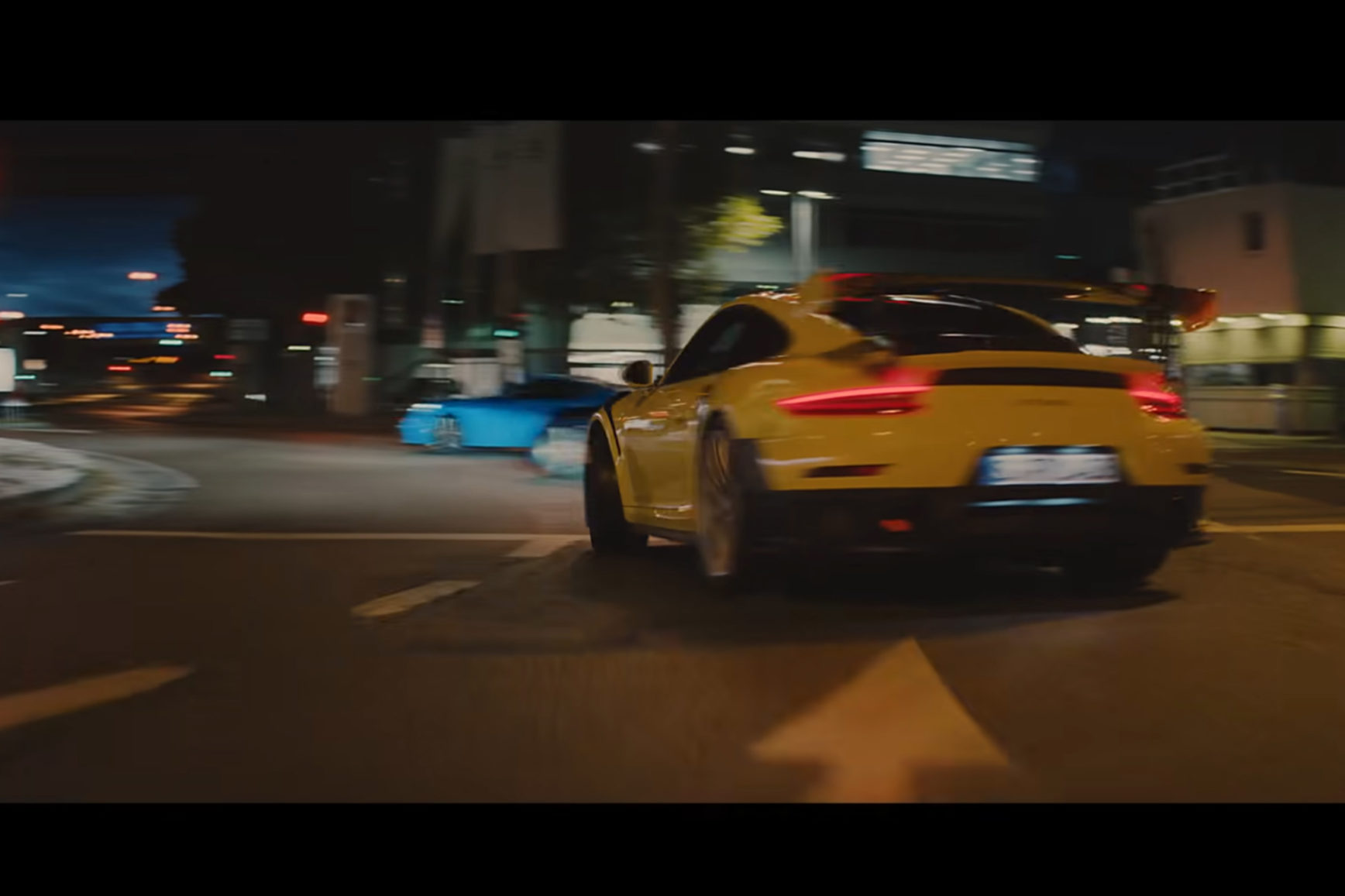 Porsche The Heist - screen picture - ad Super Bowl 2020