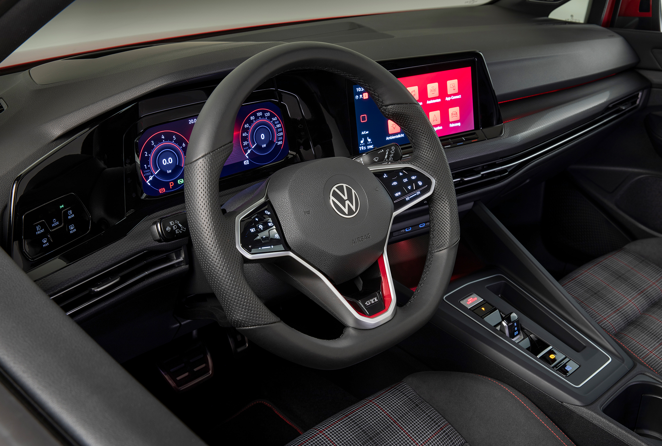 Volkswagen Golf GTI - 2020 - interior / intérieur - side view