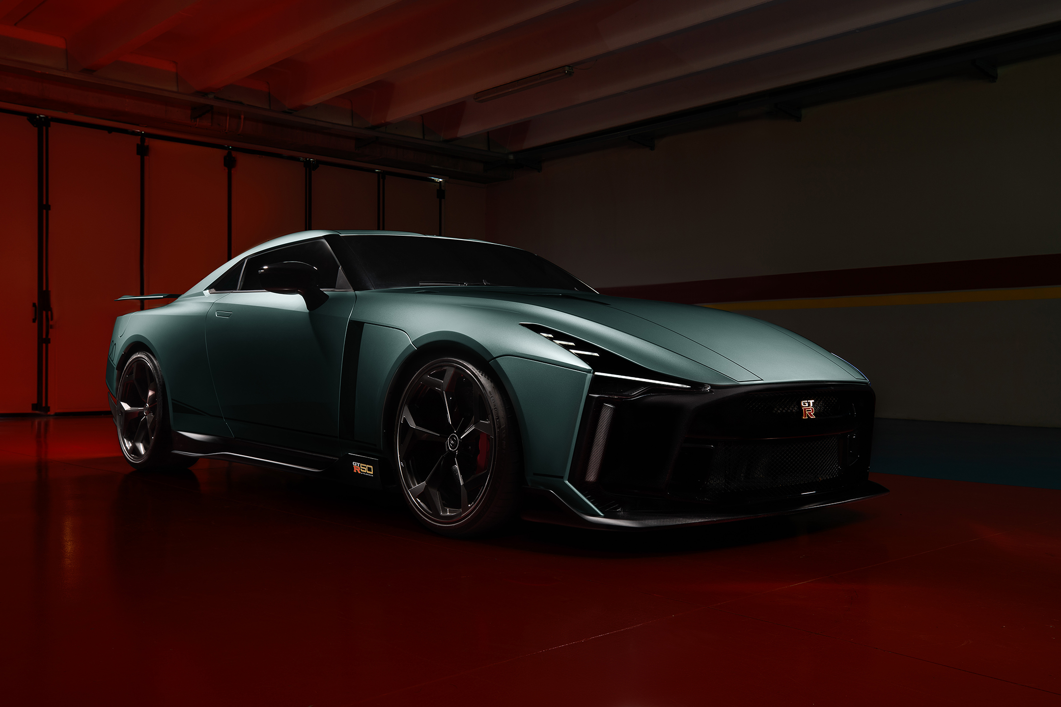 Nissan GT-R50 by Italdesign - 2020 - front side-face / profil avant