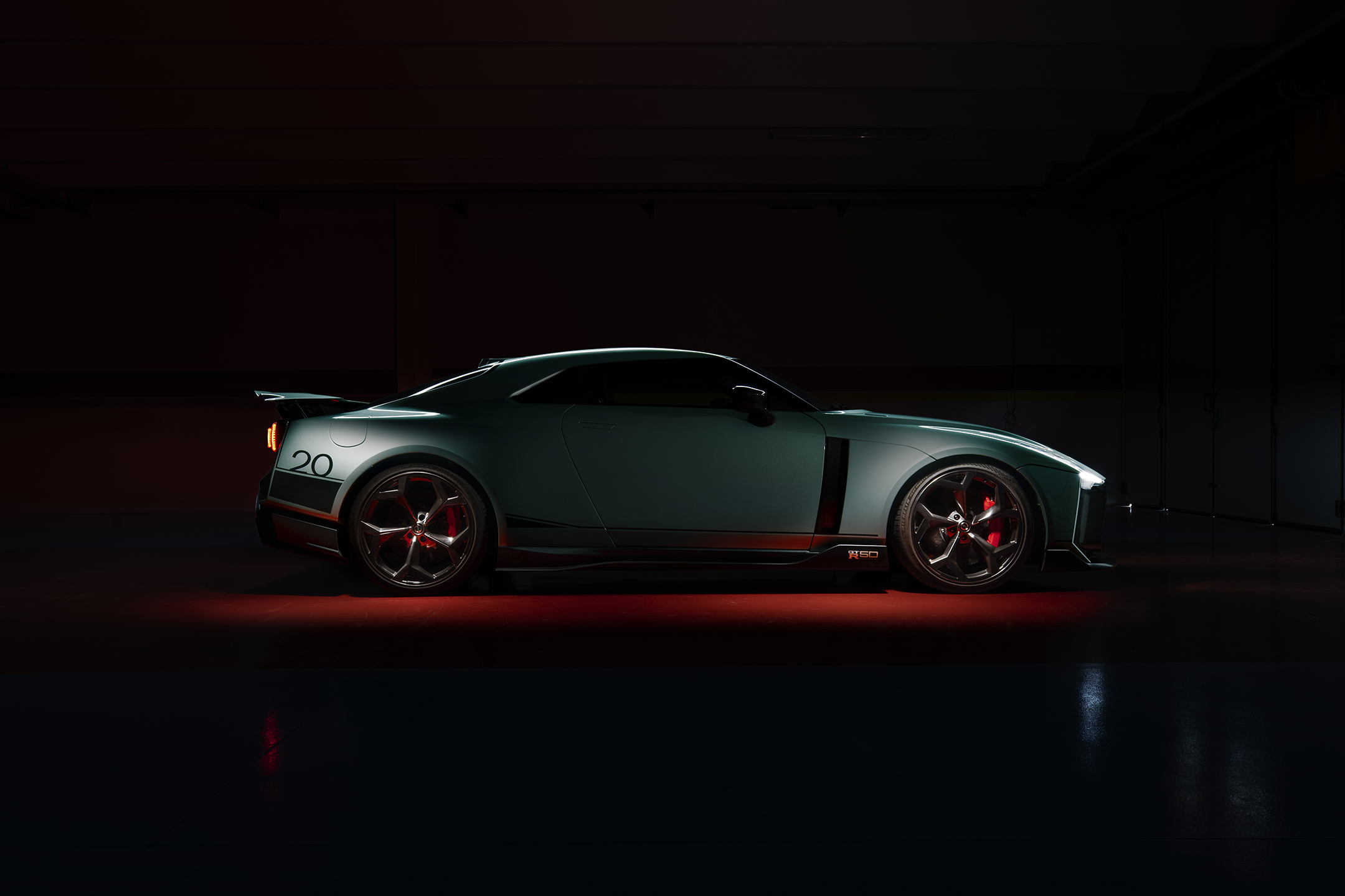 Nissan GT-R50 by Italdesign - 2020 - side-face / profil
