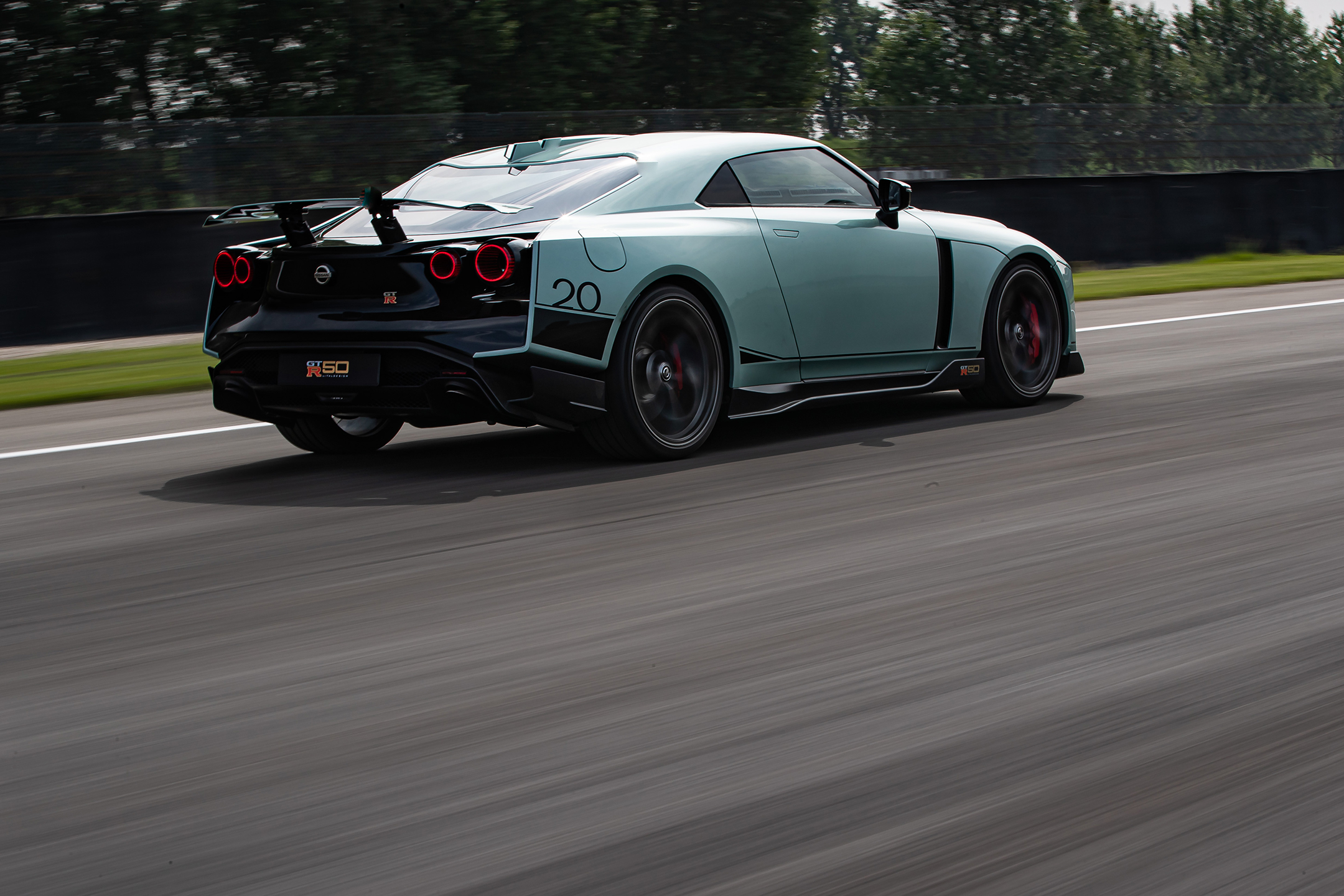 Nissan GT-R50 by Italdesign - 2020 - rear side-face / profil arrière - on track / sur circuit