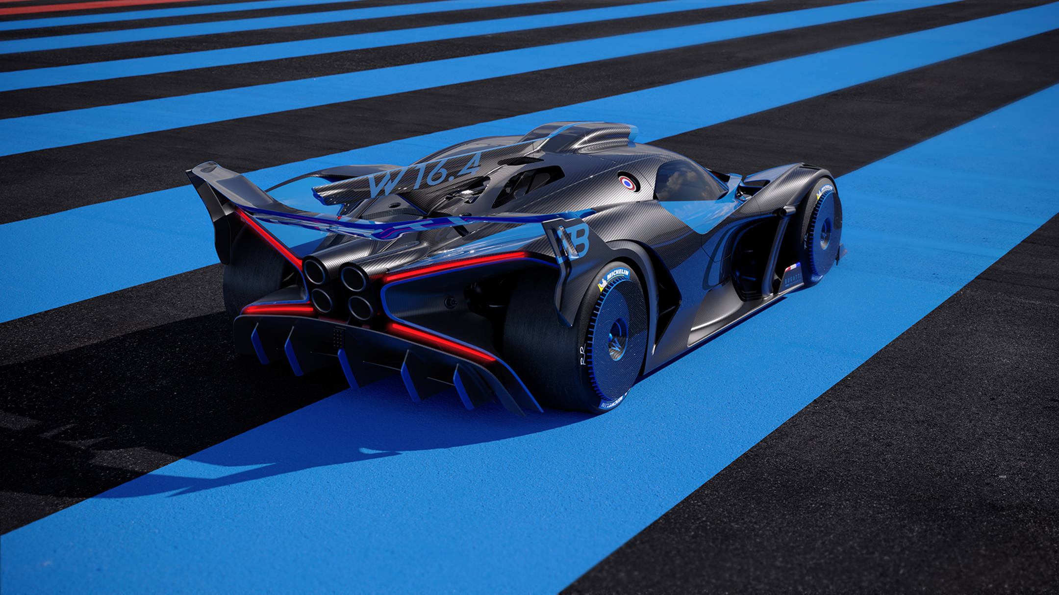 Bugatti Bolide - 2020 - rear side-face / profil arrière - on track / sur circuit