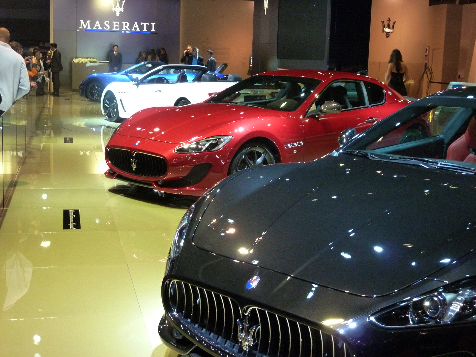 Maserati-fronts-stand-2012-Mondial-Automobile-photo-elj-dm