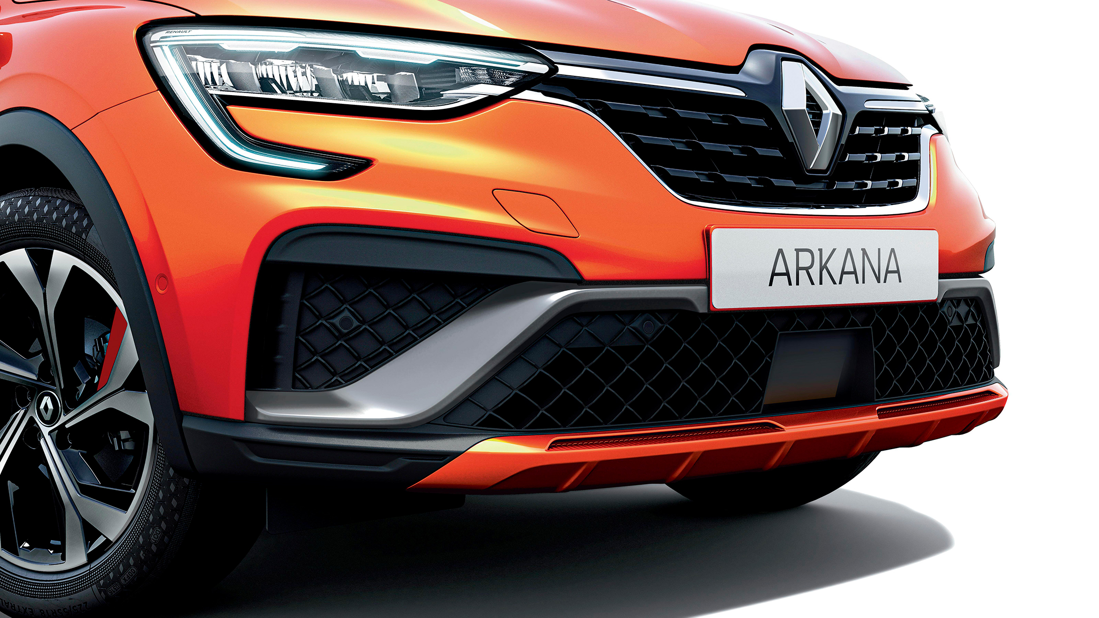 Renault Arkana R.S. Line E-TECH Hybrid - 2020 - front-grill diamond shape / calandre emblème losange - front light / optique avant - (C-shape)