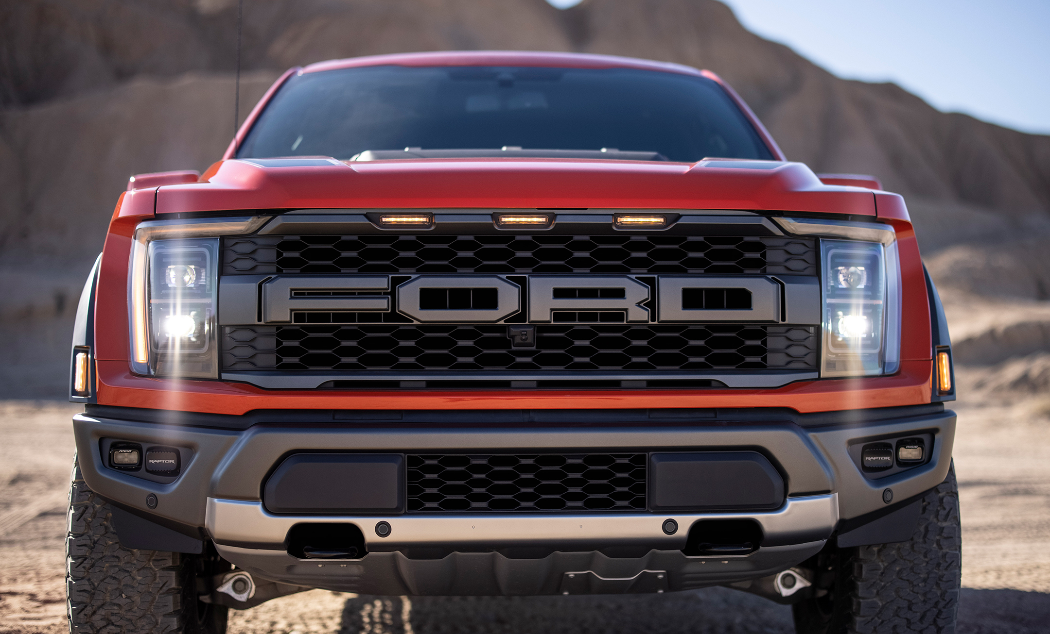 Ford F-150 Raptor - 2021 - front light / optique avant