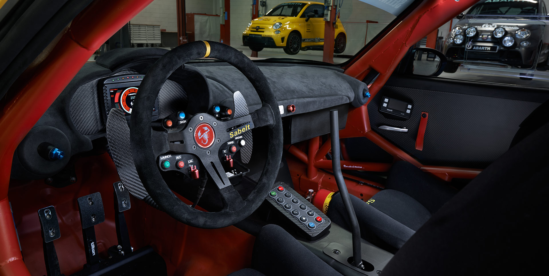 Abarth 124 rally 300 cavalli motore by abarth racing team for Interieur wrc
