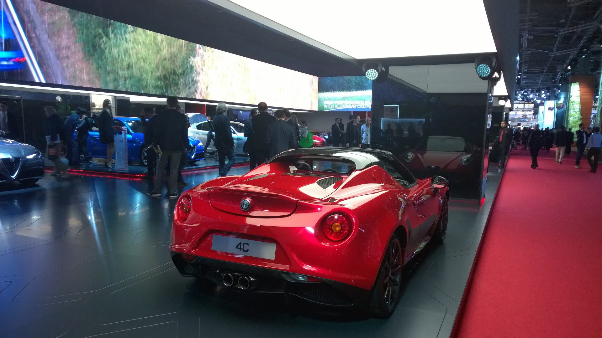 Alfa Romeo 4C - arrière / rear - 2016 - Mondial Auto - photo ELJ DM