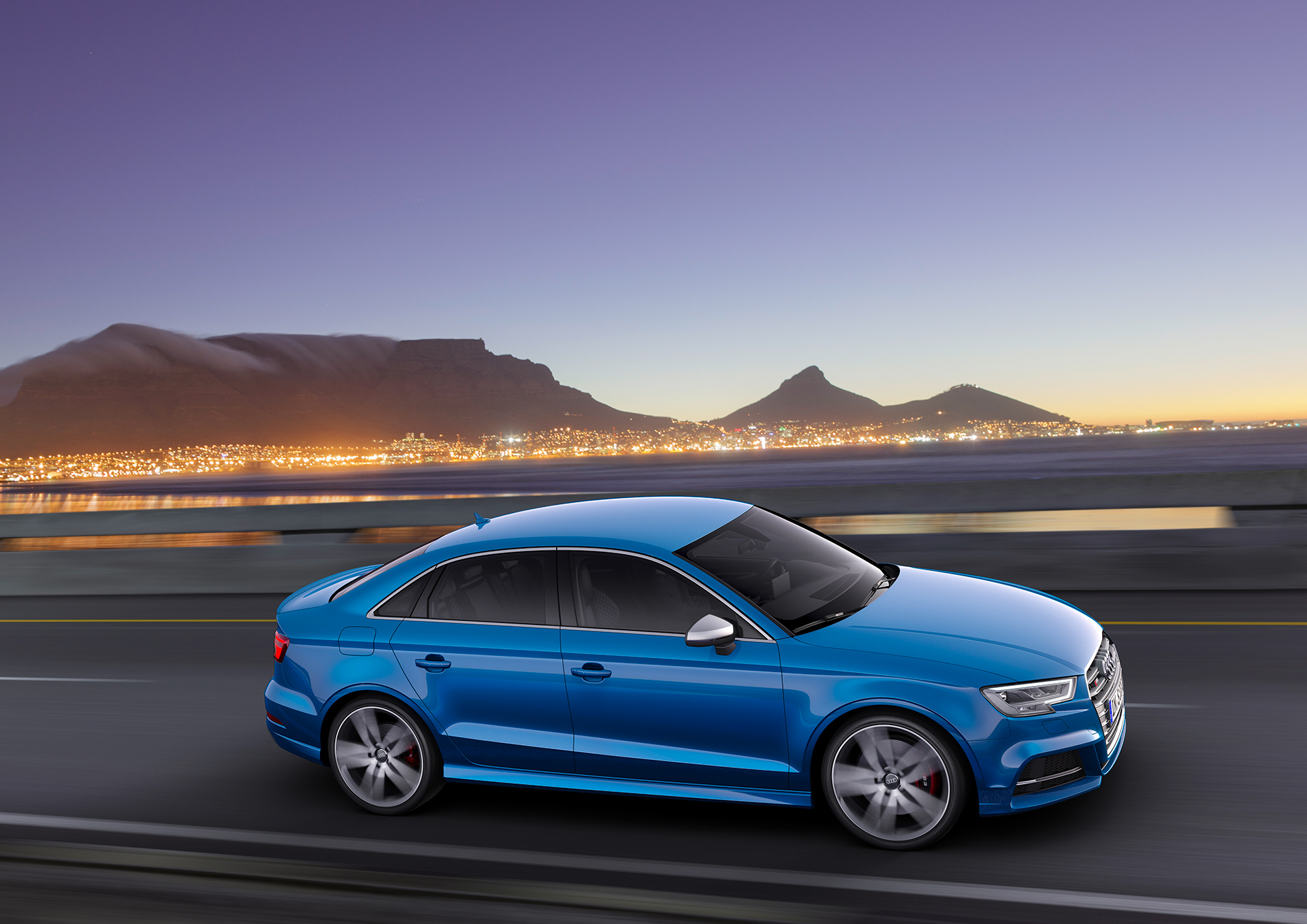 Audi S3 Sedan - 2016 - side-face / profil