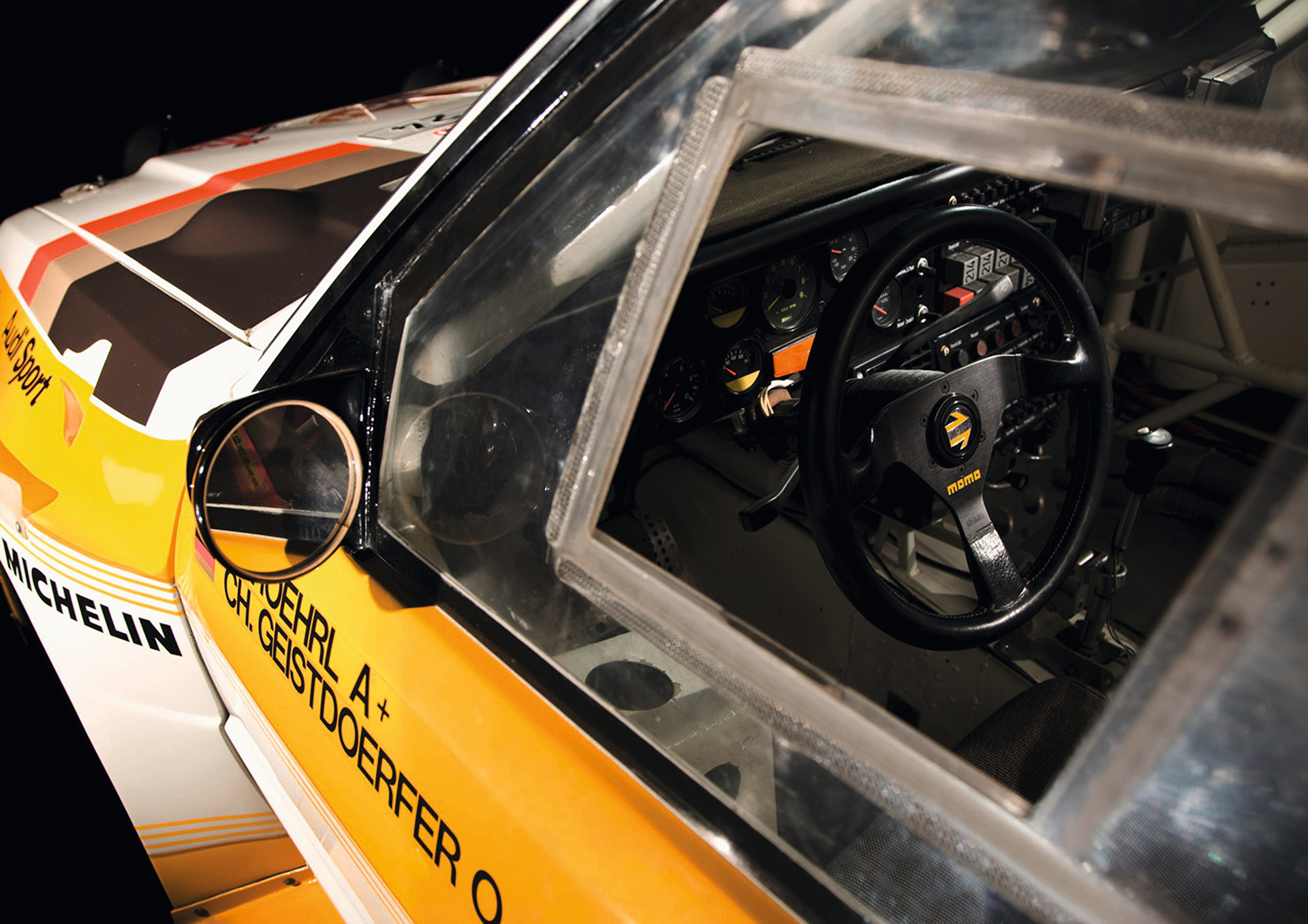 Audi Sport quattro S1 - FIA Group B Rally Car - 1985 - 1986 - side view interior / vitre vue intérieur