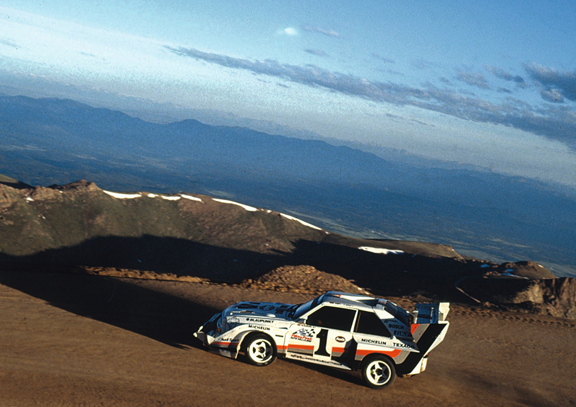 Audi Sport quattro S1 Pikes Peak - photo - side-face / profil