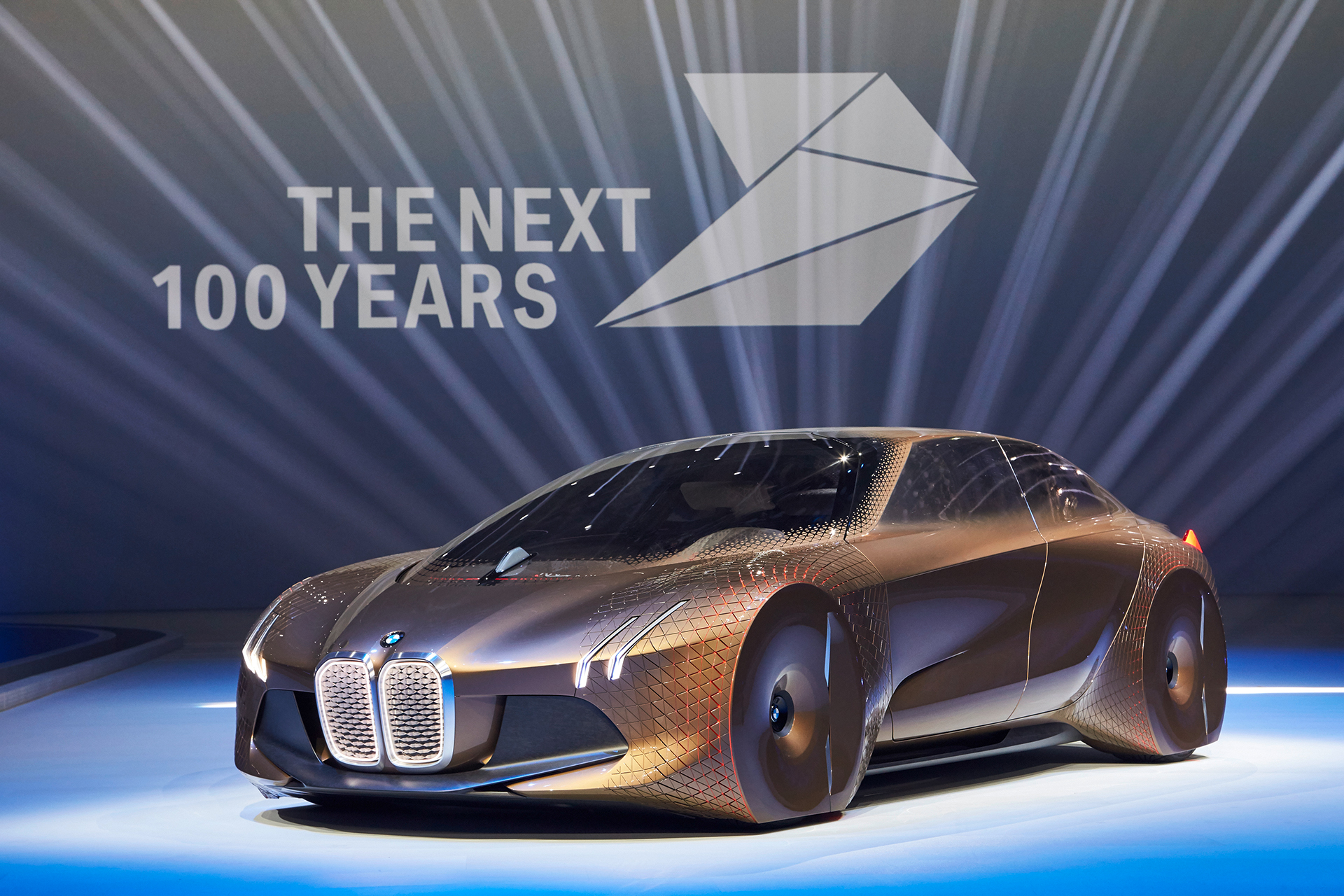 BMW VISION NEXT 100 - THE NEXT 100 YEARS