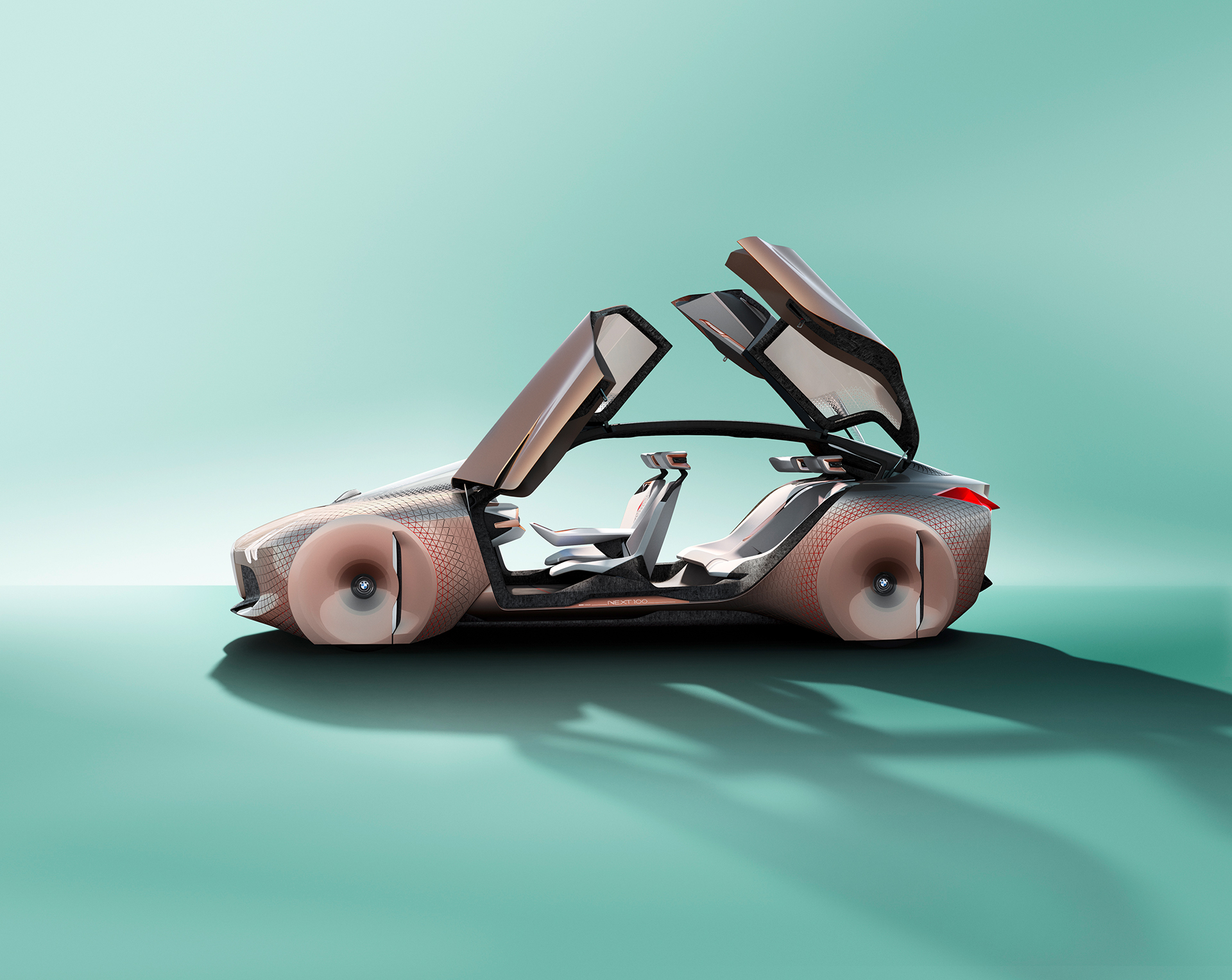 BMW VISION NEXT 100 - side-face / profil - open / portes ouvertes