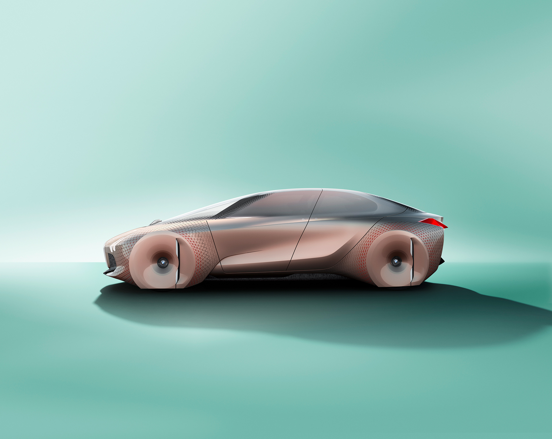 BMW VISION NEXT 100 - side-face / profil