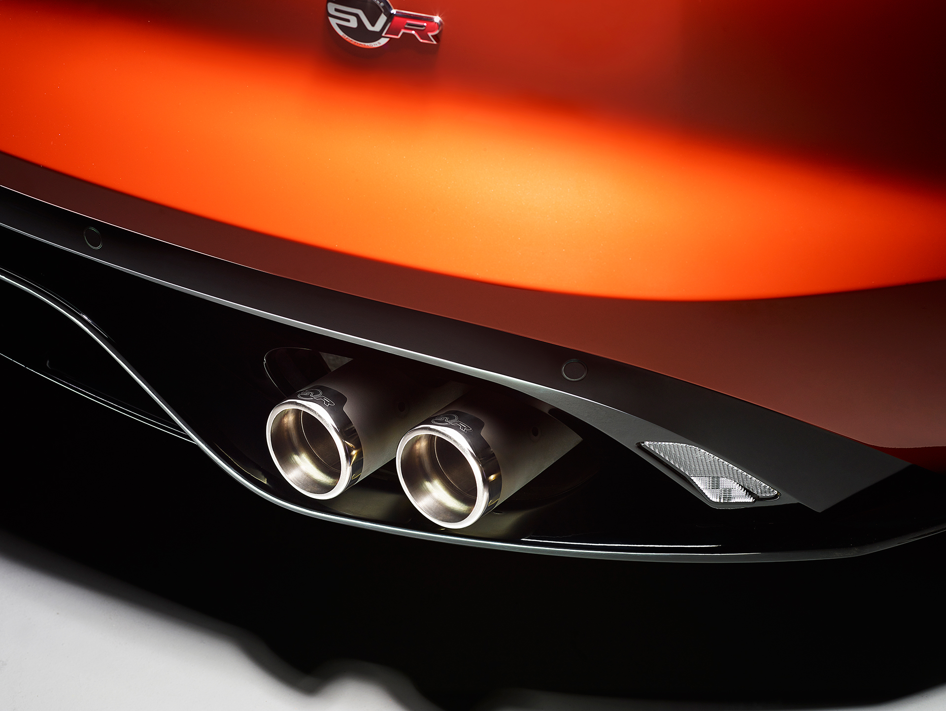 Jaguar F-TYPE SVR - 2016 - échappement / exhaust pipes